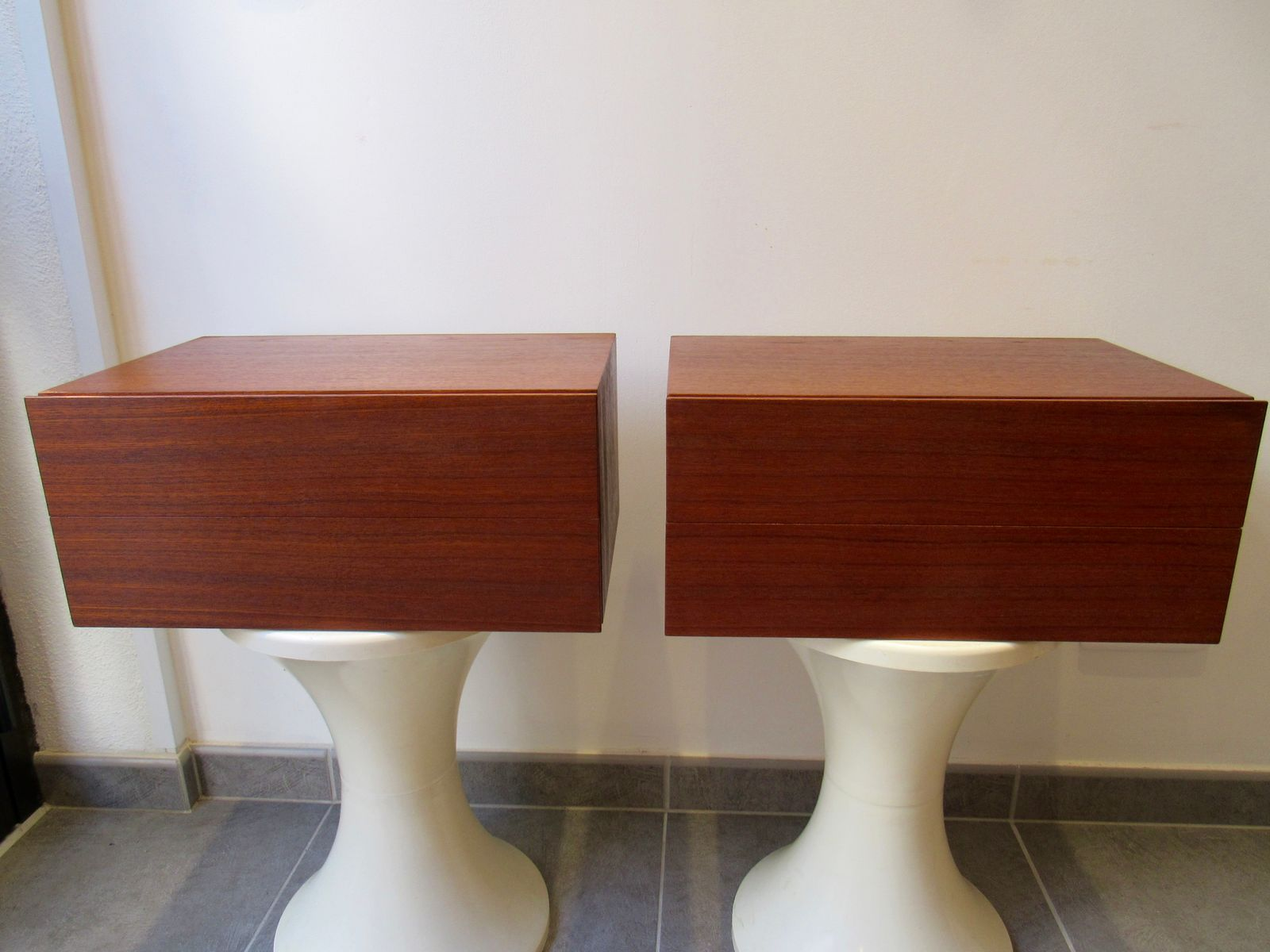 Mounted Bedside Table Teak Veneer Wall Mounted Bedside Tables 1960S Set Of 2 For Sale
