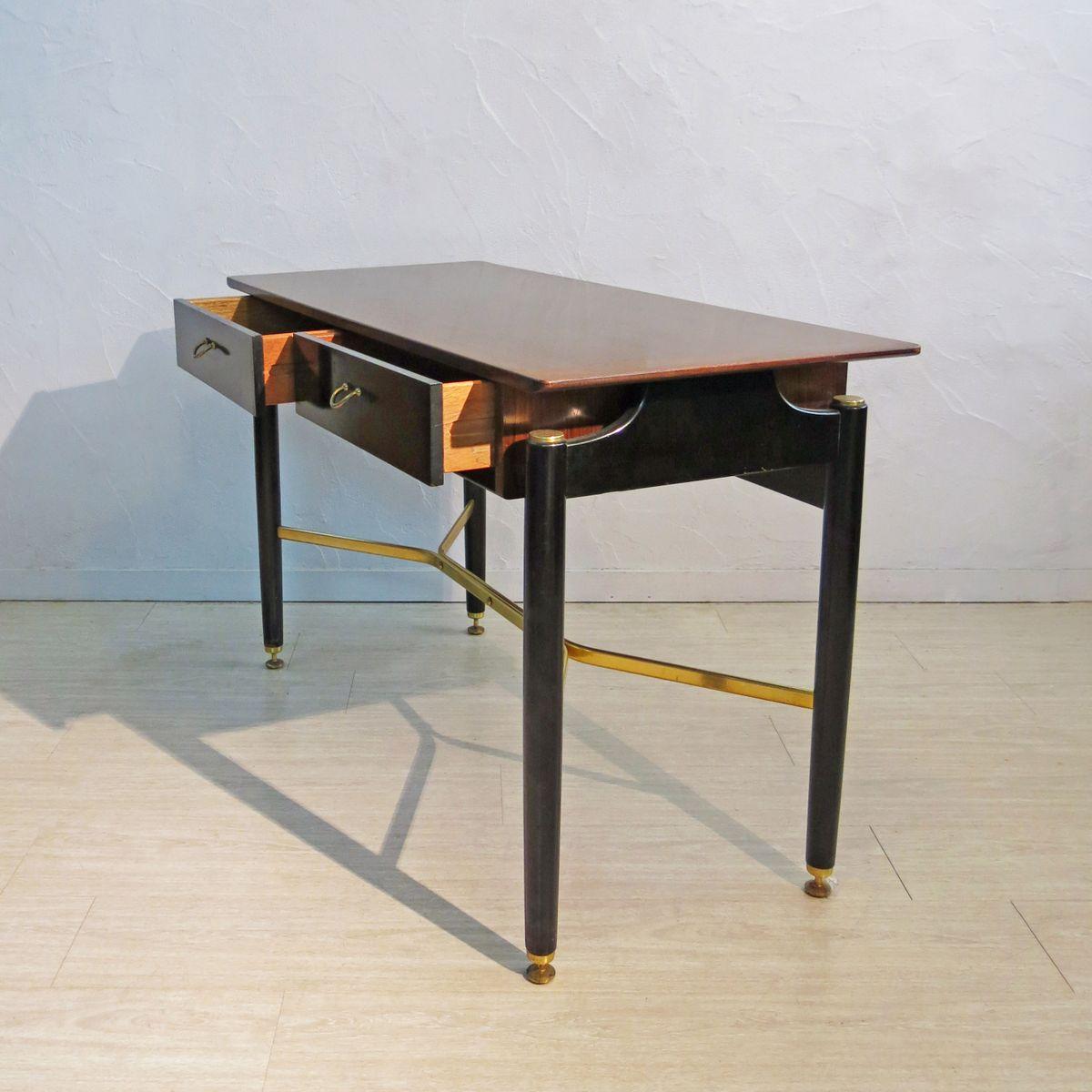 schreibtisch aus holz messing von g plan e gomme 1950er bei pamono kaufen. Black Bedroom Furniture Sets. Home Design Ideas