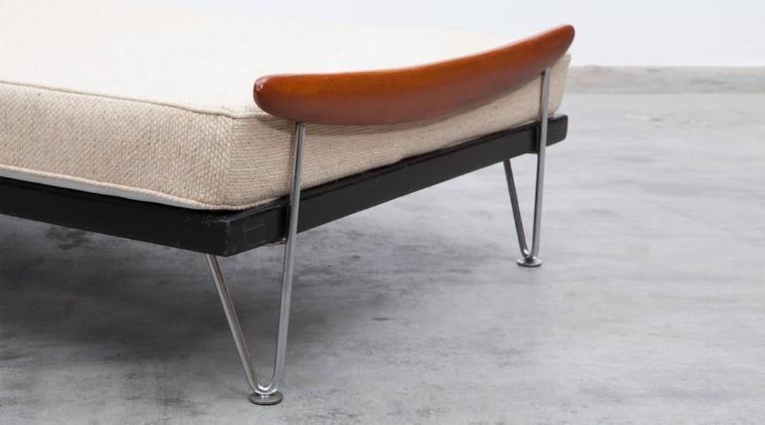 schweizer vintage schlafsofa von fred ruf f r wohnbedarf. Black Bedroom Furniture Sets. Home Design Ideas