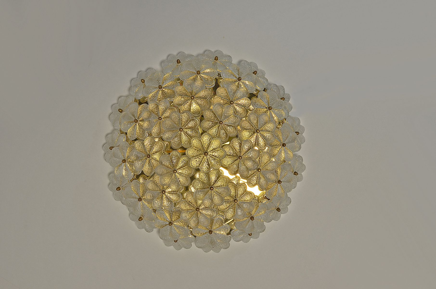 Vintage Large Murano Glass Floral Ceiling or Wall Light by Ernst Palme for sale at Pamono