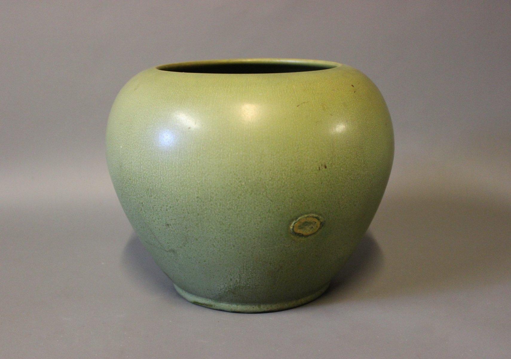 mid century green glaze vase by herman k hler for sale at pamono. Black Bedroom Furniture Sets. Home Design Ideas