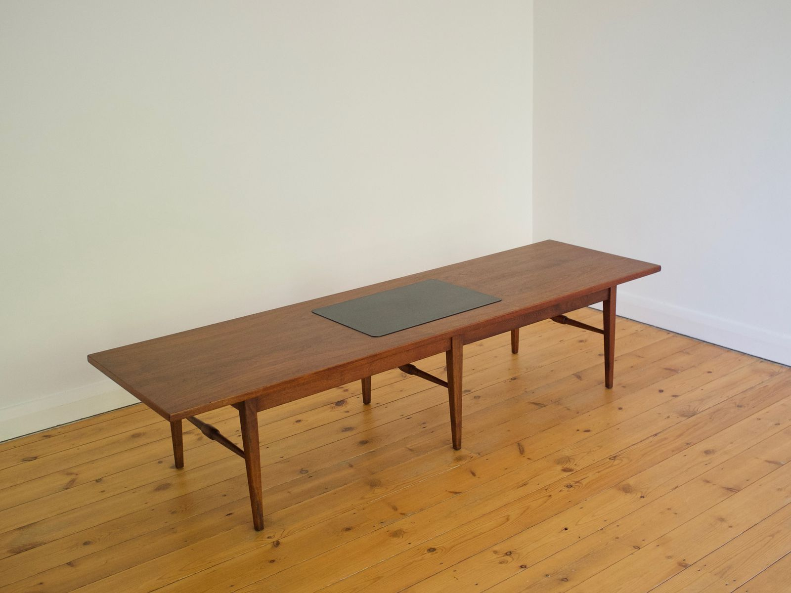 Long and low walnut coffee table 1960s for sale at pamono for Walnut coffee table