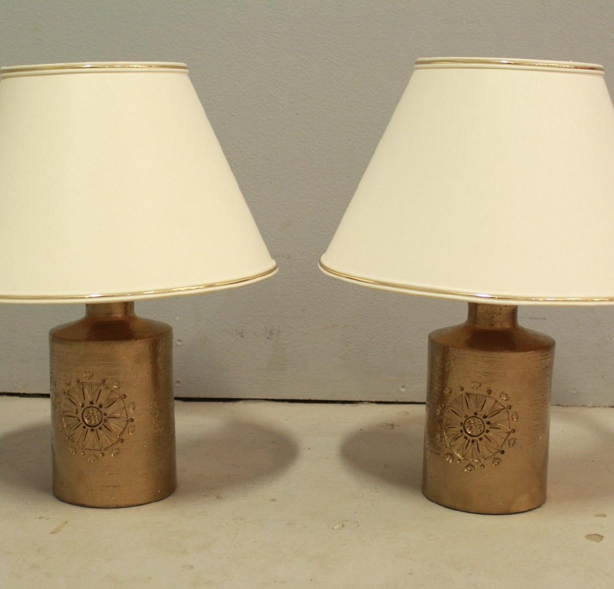 Vintage 22 Karat Gold Glazed Ceramic Table Lamps By Bitossi For Bergboms,  Set Of 2