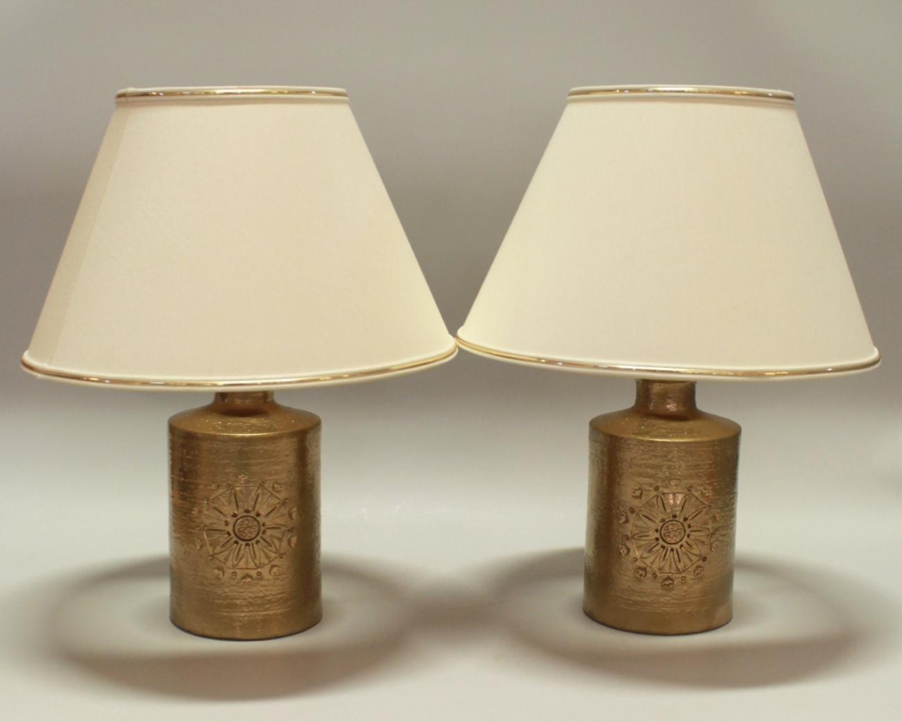 Lampade da tavolo vintage in ceramica placcata in oro a - Lampade da tavolo vintage ...