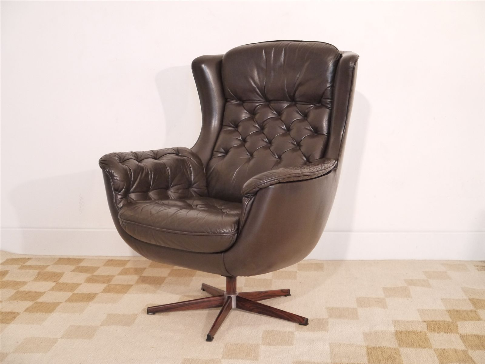 Vintage Danish Leather Swivel Armchair for sale at Pamono