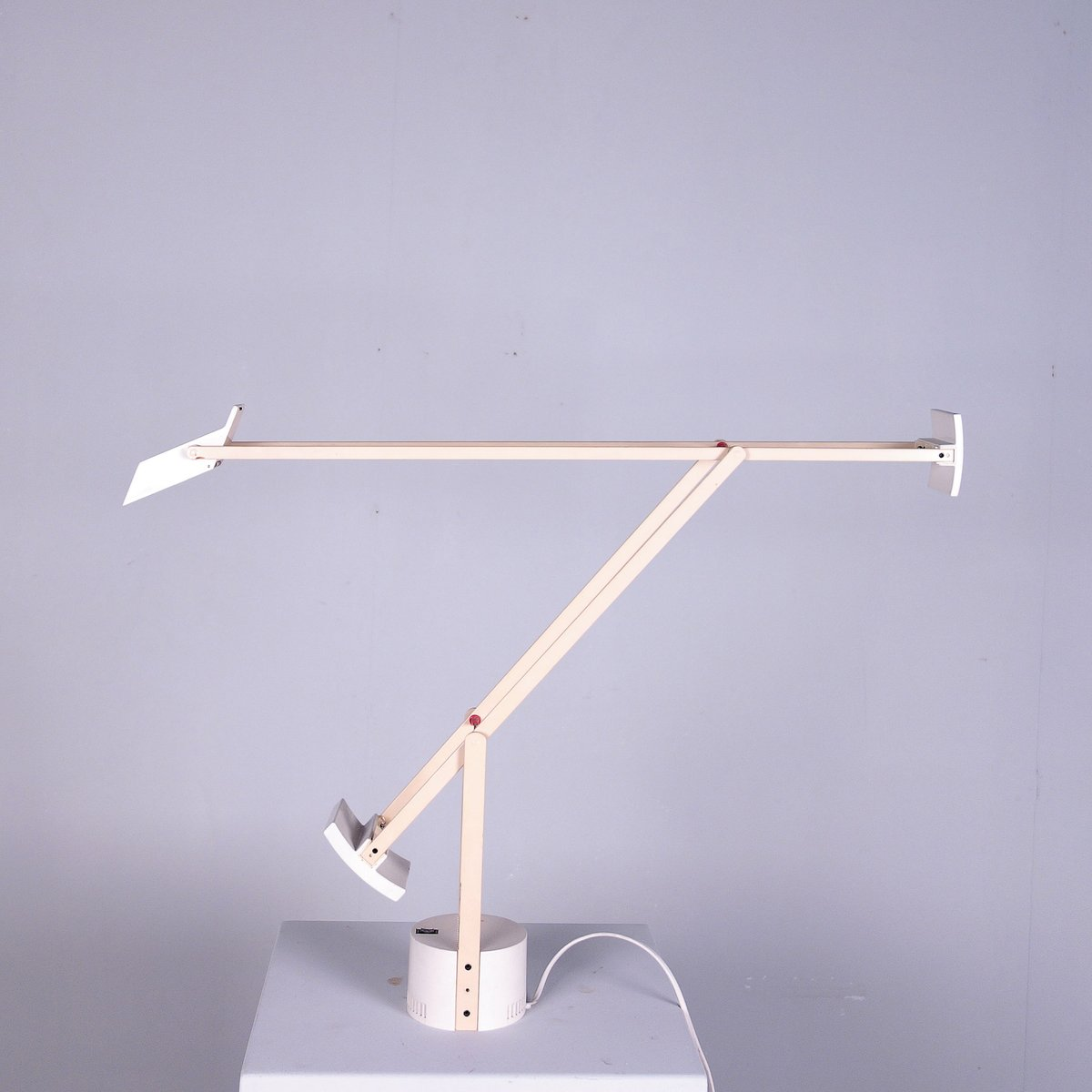 Vintage tizio desk lamp by richard sapper for artemide for sale at pamono - Gloeilamp tizio lamp ...