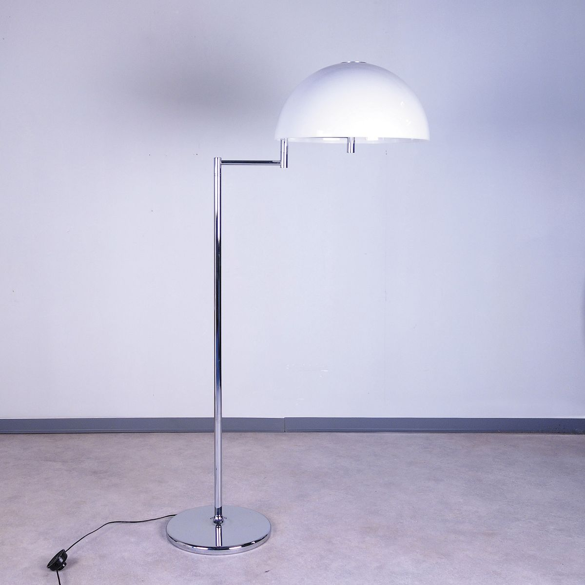Floor lamp from swisslamps 1970s for sale at pamono for 1970s floor lamps