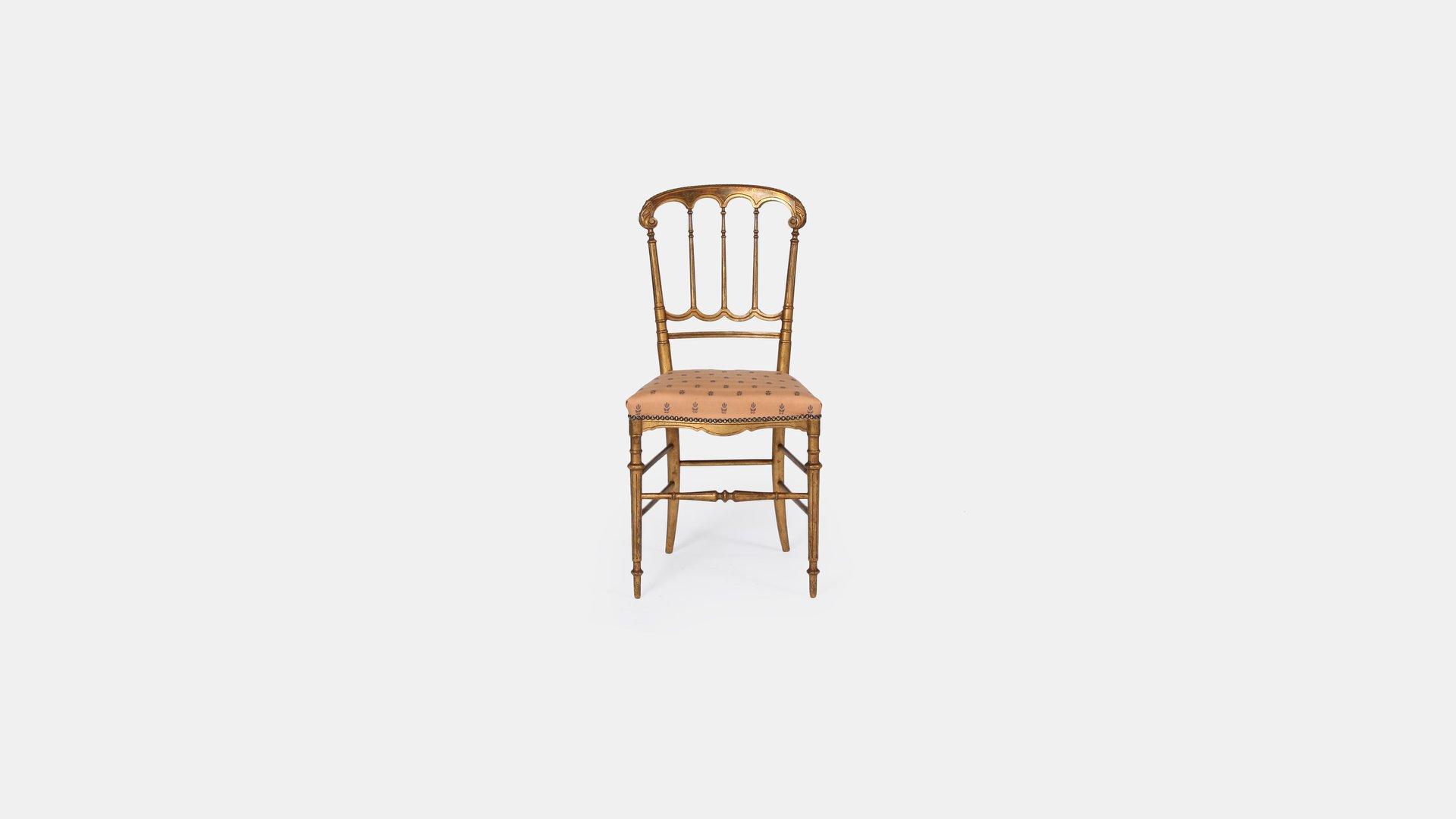 vintage st hle aus goldfarbenem holz 2er set bei pamono. Black Bedroom Furniture Sets. Home Design Ideas