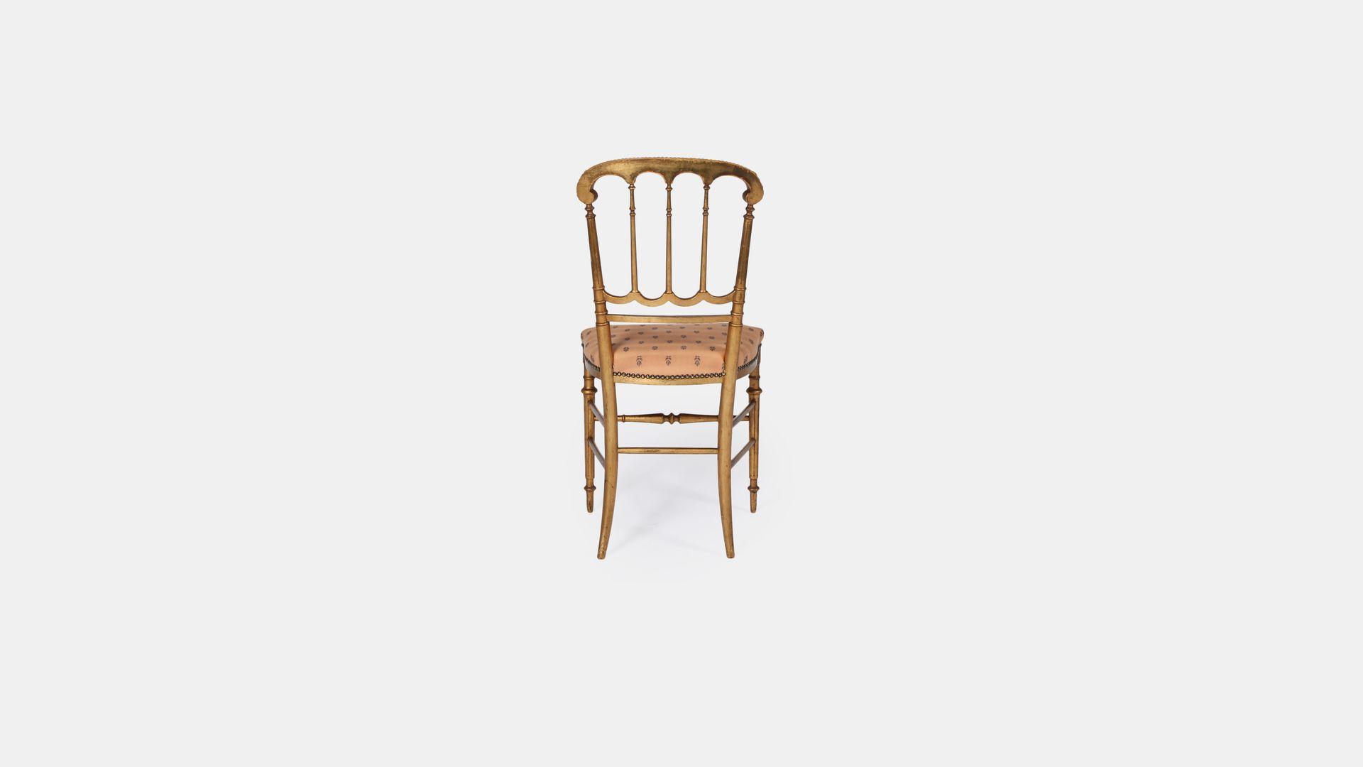 vintage st hle aus goldfarbenem holz 2er set bei pamono kaufen. Black Bedroom Furniture Sets. Home Design Ideas