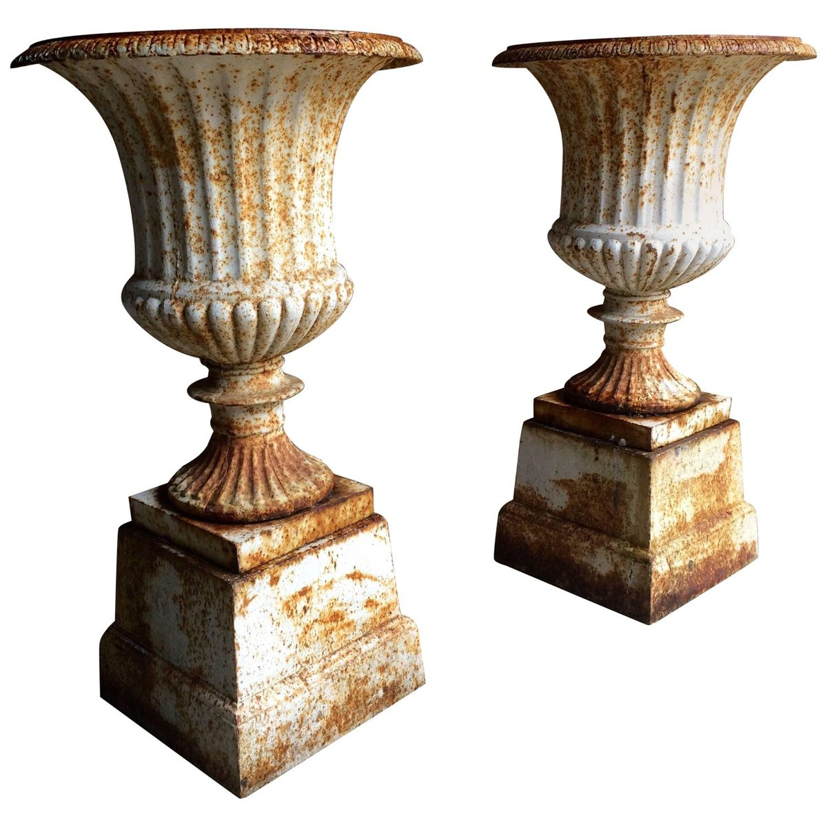 Cast Iron Garden Urns 1900s Set of 2 for sale at Pamono