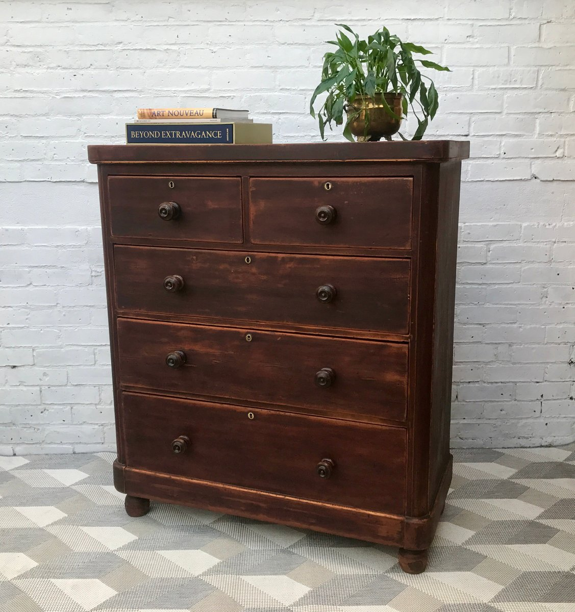 Large victorian chest of bedroom drawers for sale at pamono for Bedroom drawers sale