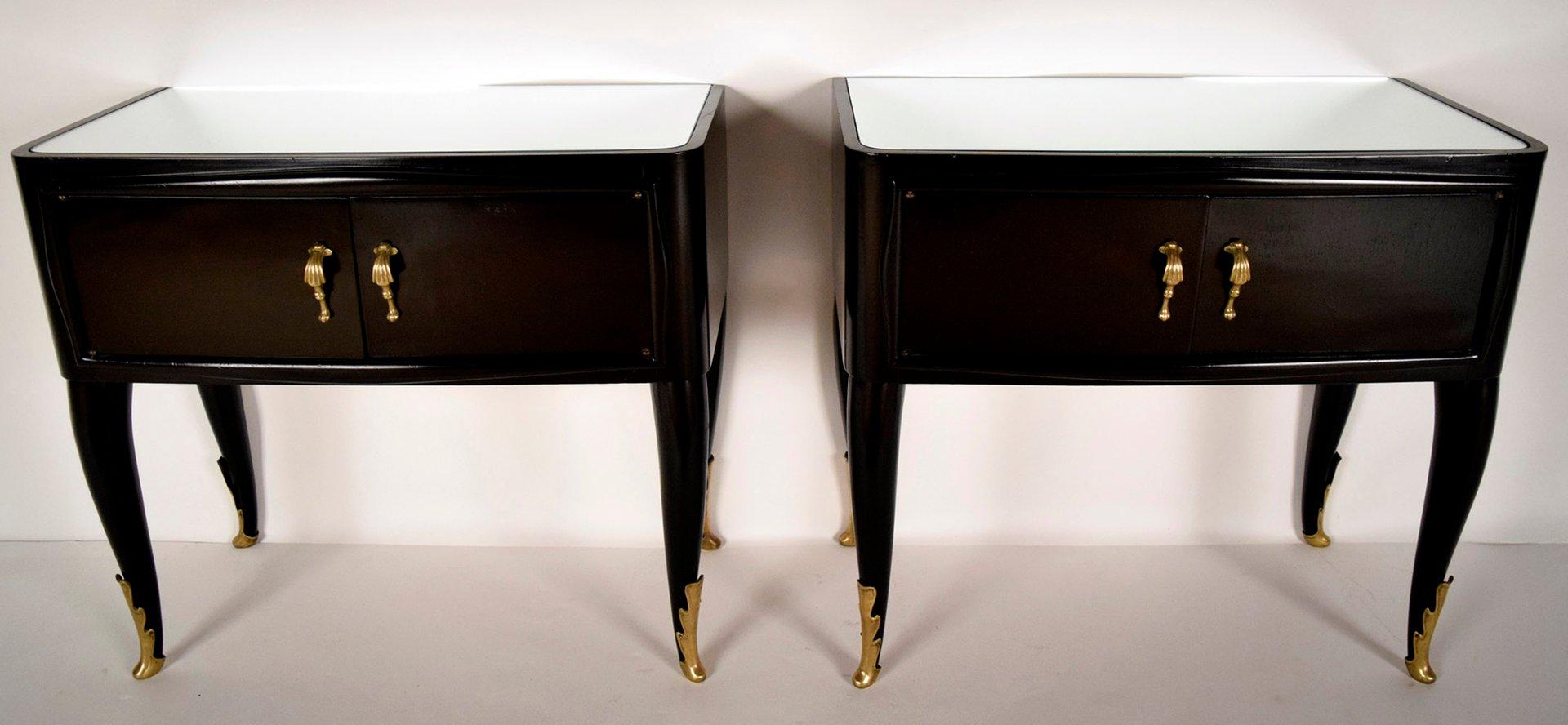 italienische moderne beistelltische mit spiegelglas. Black Bedroom Furniture Sets. Home Design Ideas