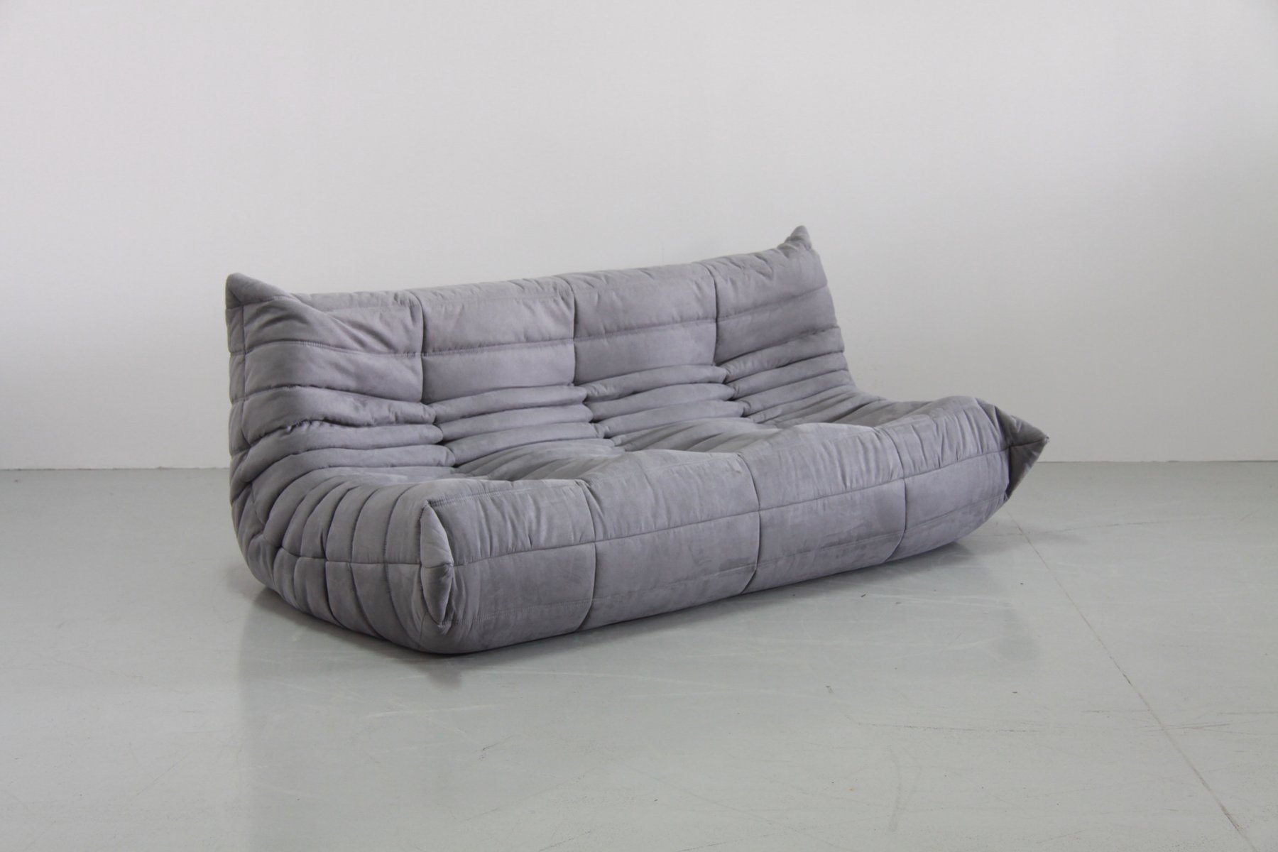 grey microfibre togo sofa set by michel ducaroy for ligne roset 1970s set of 5 for sale at pamono. Black Bedroom Furniture Sets. Home Design Ideas