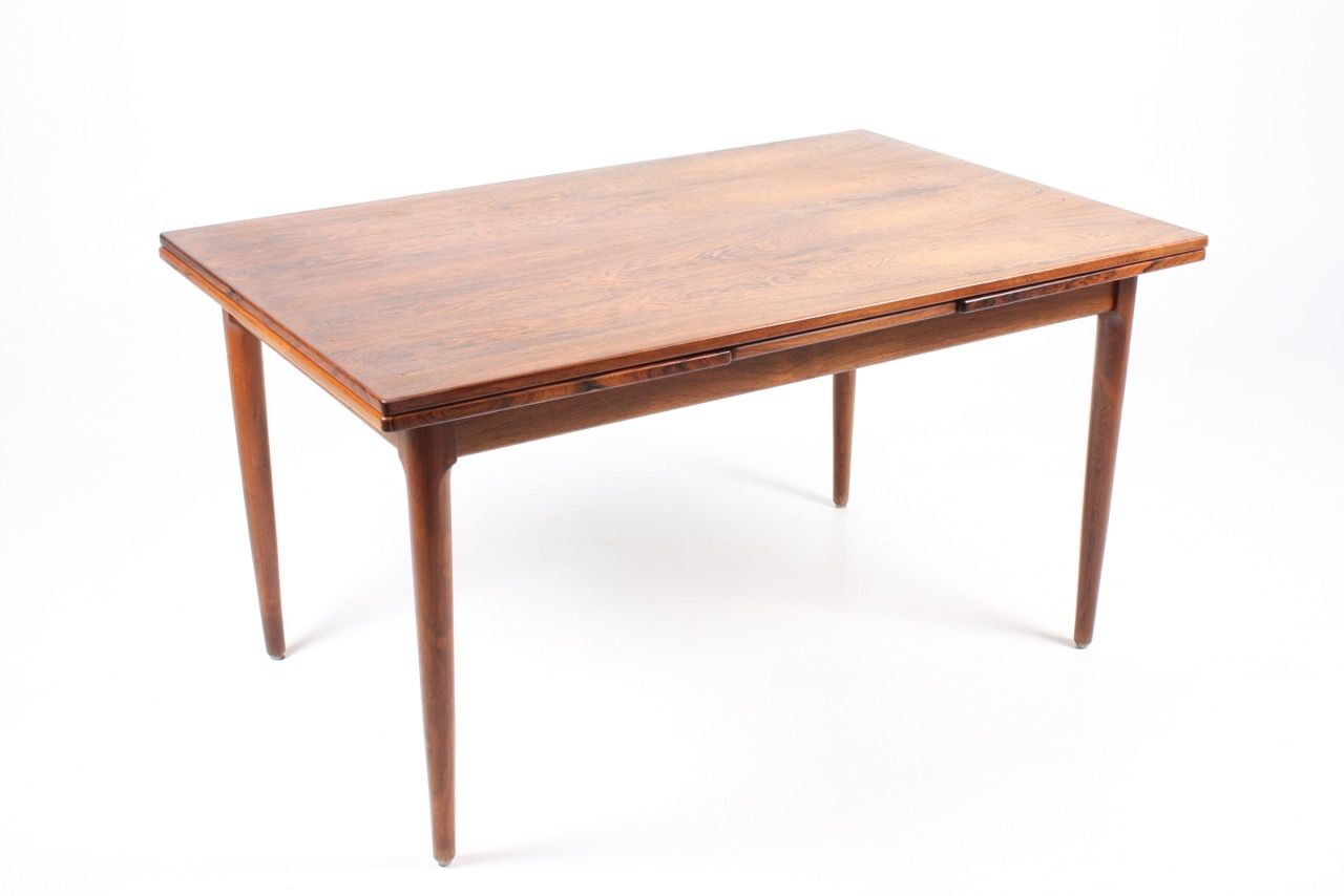 Danish rosewood dining table with 2 extension leaves for Dining table with two leaves