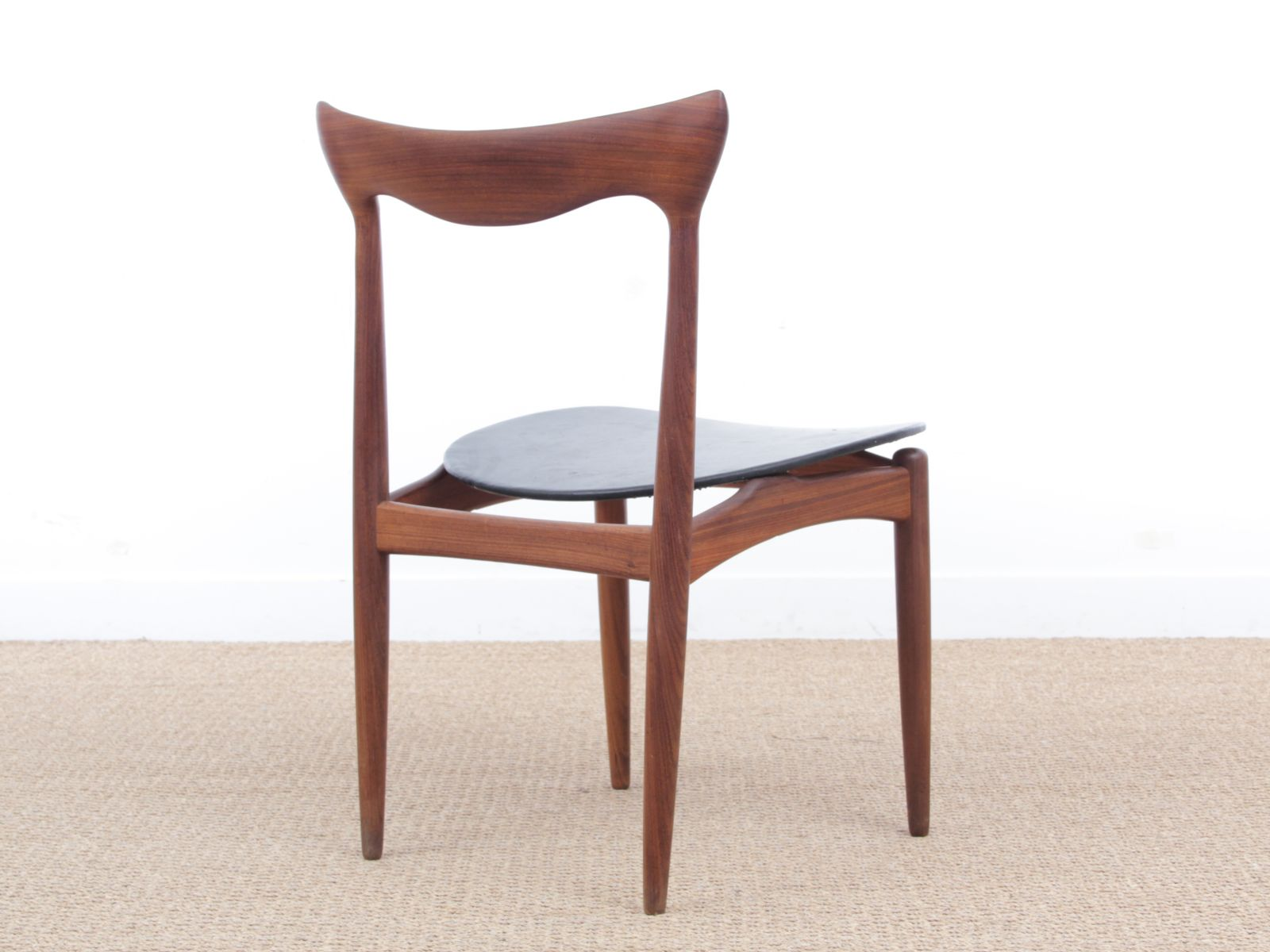 skandinavische mid century teak st hle von henry walter klein 4er set bei pamono kaufen. Black Bedroom Furniture Sets. Home Design Ideas