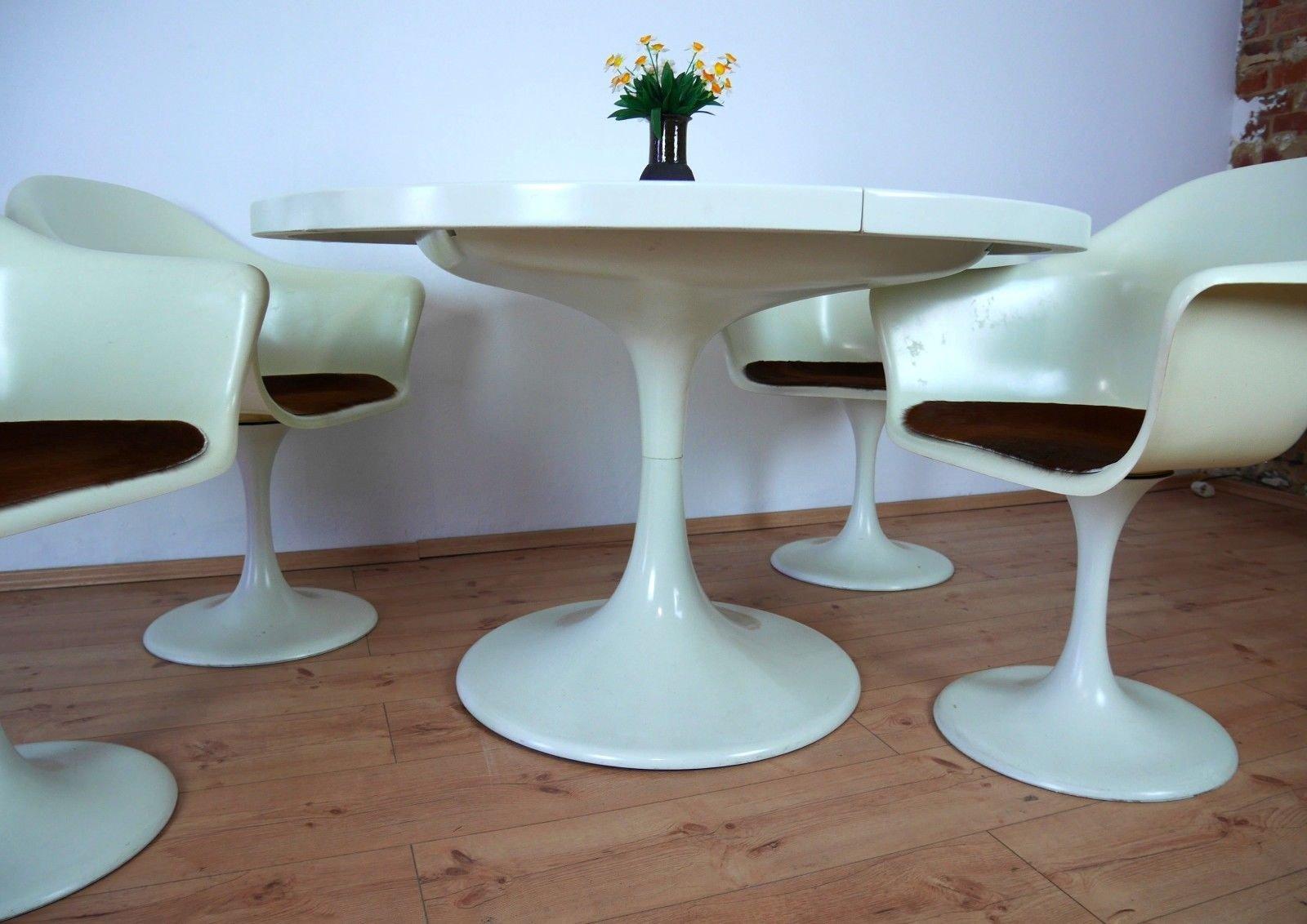 modell set line tulip tisch 4 st hle von konrad sch fer f r l bke 1970er bei pamono kaufen. Black Bedroom Furniture Sets. Home Design Ideas
