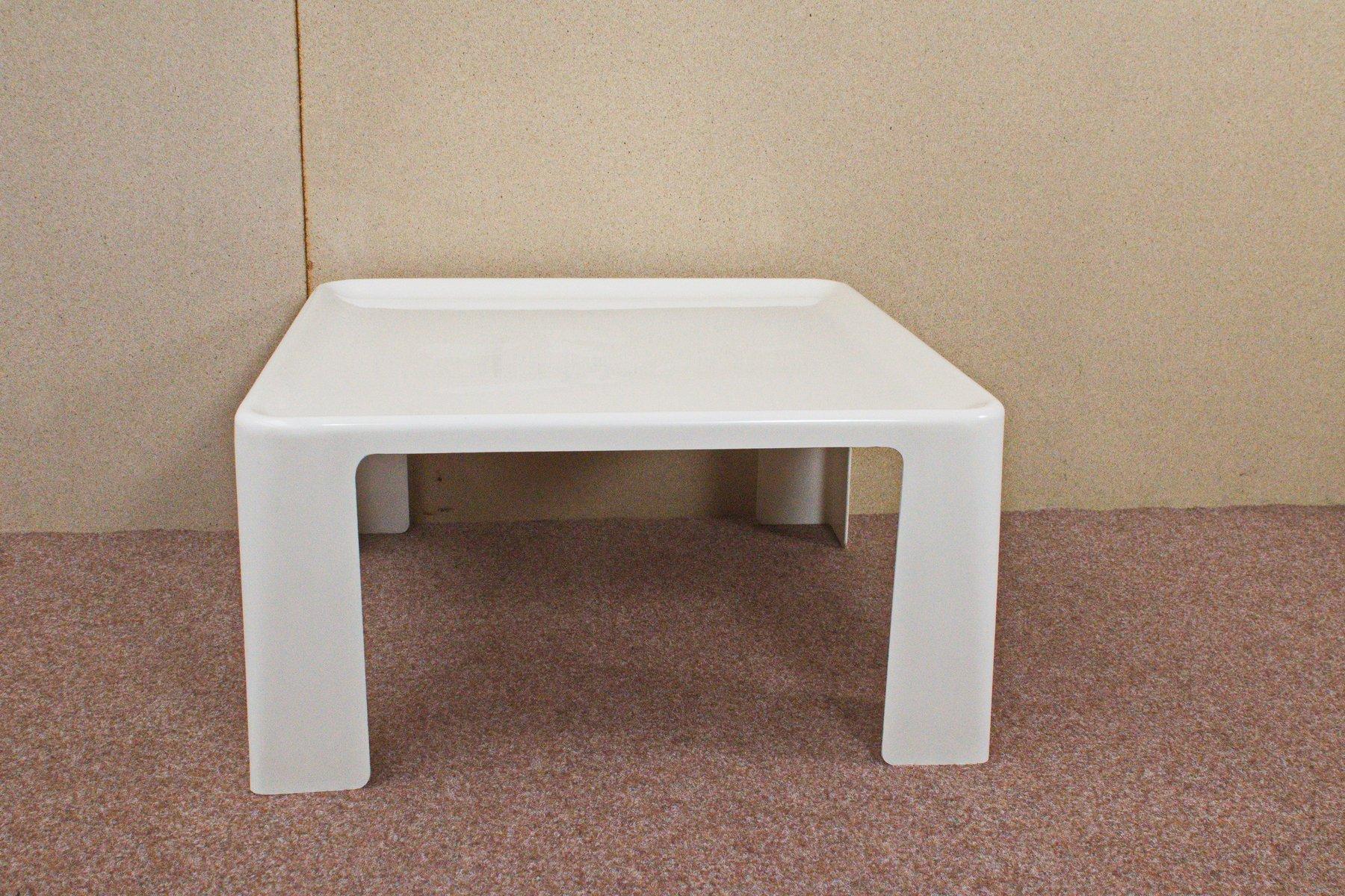quadratischer tisch von mario bellini f r c b italia. Black Bedroom Furniture Sets. Home Design Ideas