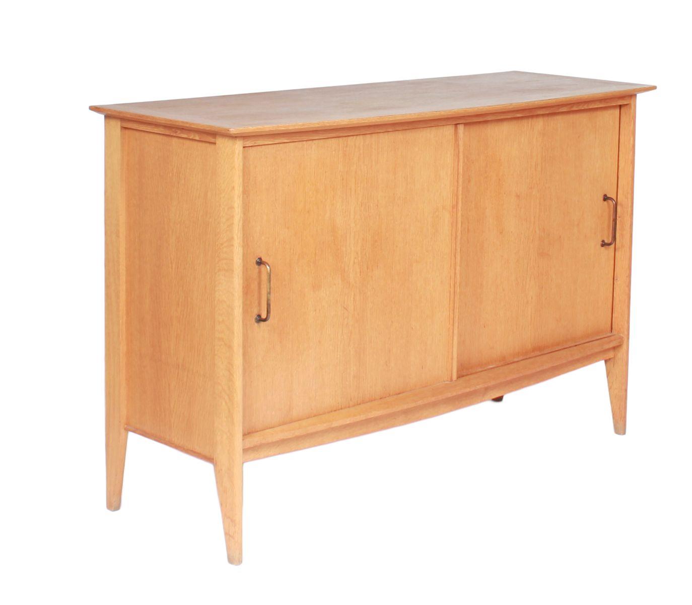 meuble vintage s rie junior par roger landault en vente sur pamono. Black Bedroom Furniture Sets. Home Design Ideas