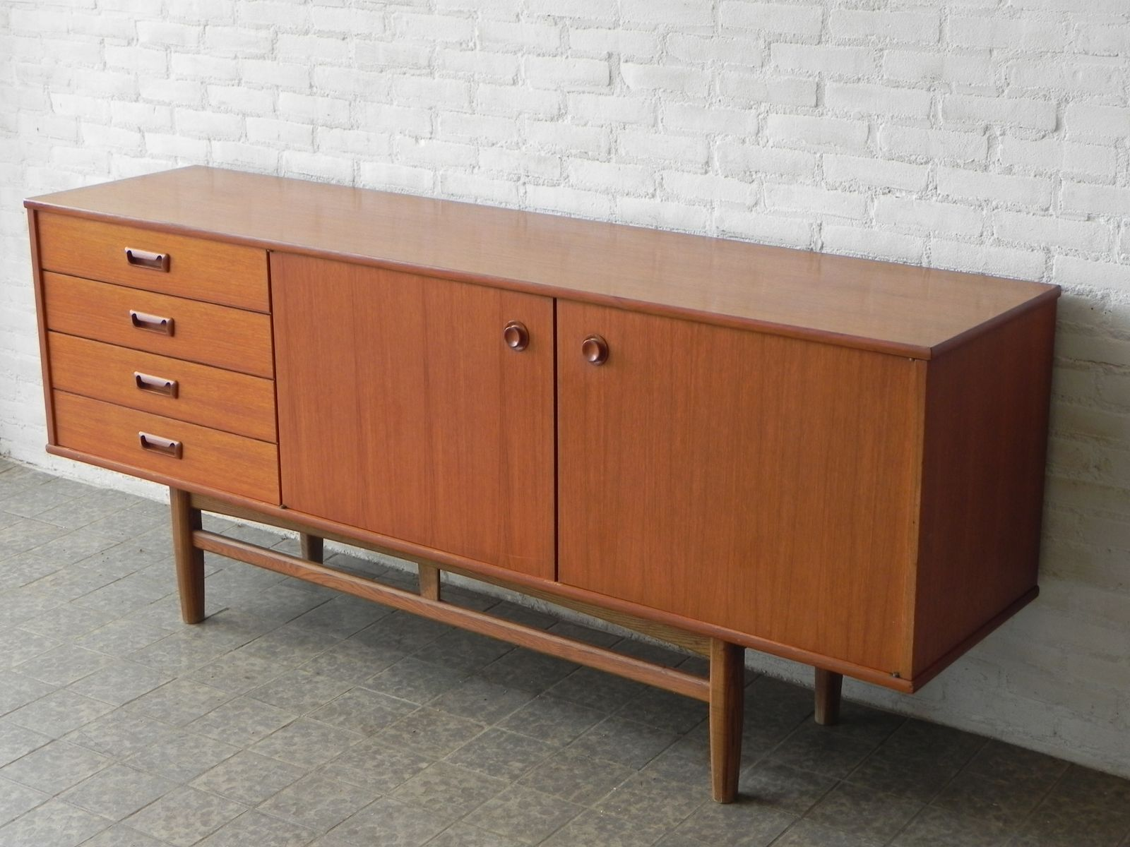 mid century sideboard for sale at pamono. Black Bedroom Furniture Sets. Home Design Ideas