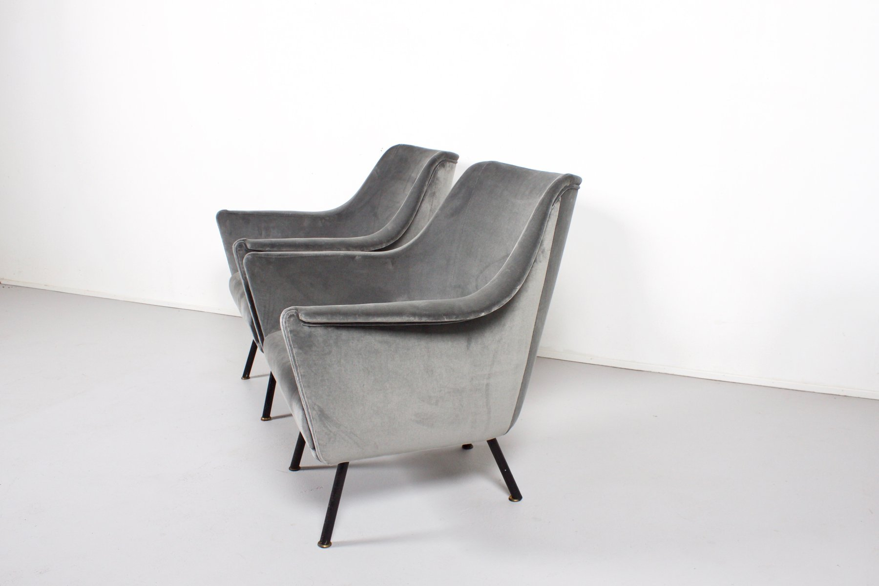 100 [ Black Club Chairs ]