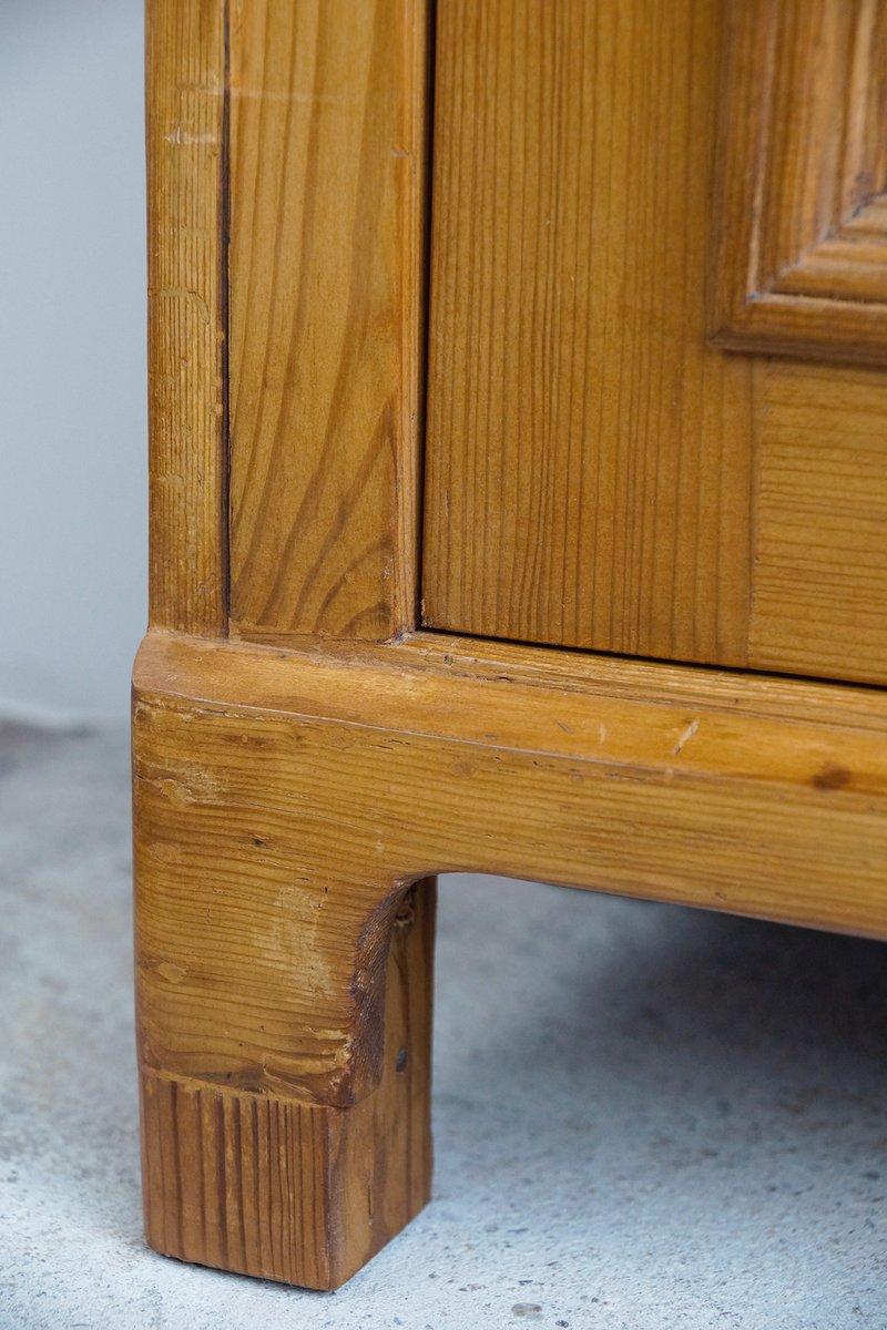 kleiner schrank f r schuhkrem 1890er bei pamono kaufen. Black Bedroom Furniture Sets. Home Design Ideas