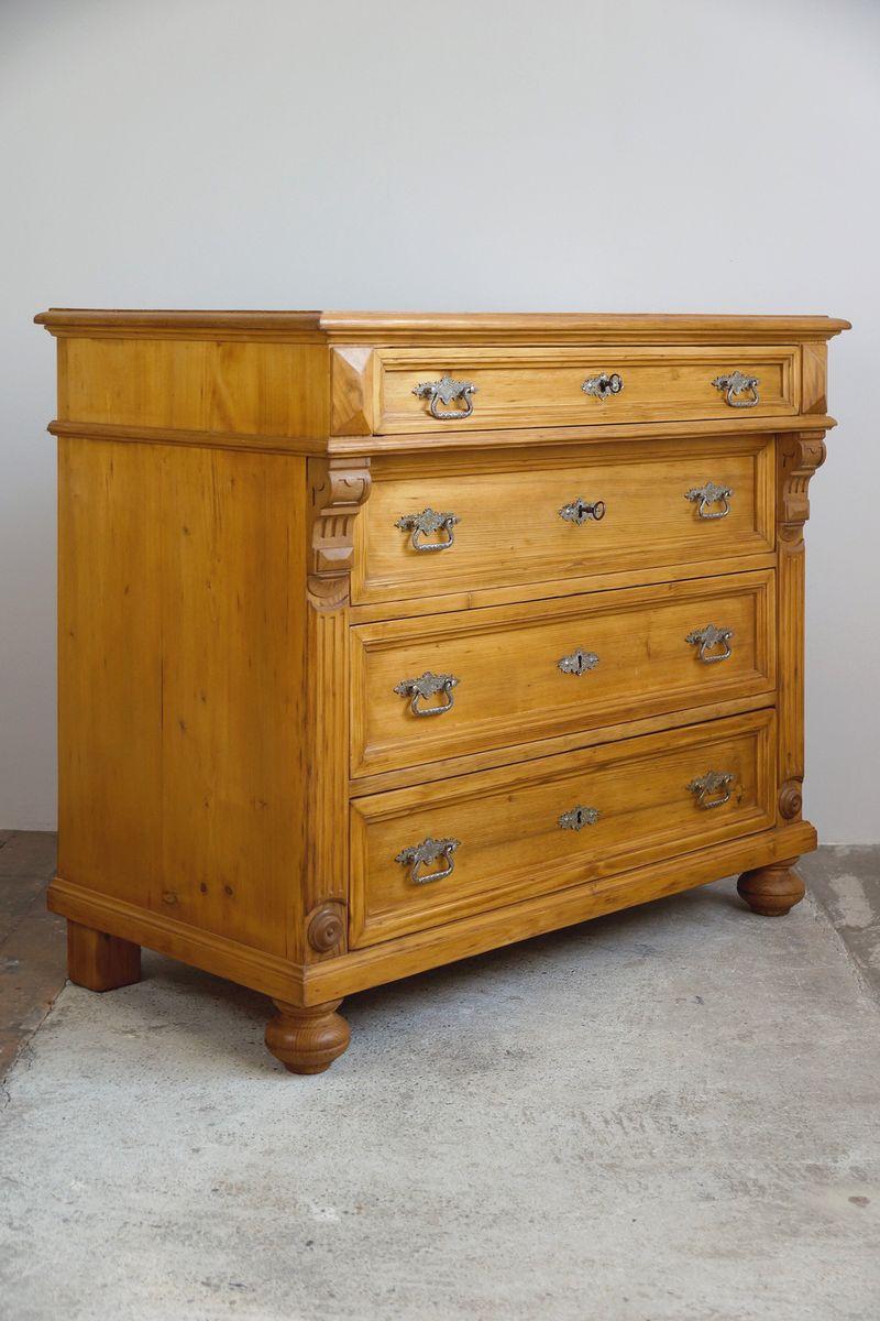 gro e antike kommode aus weichholz bei pamono kaufen. Black Bedroom Furniture Sets. Home Design Ideas