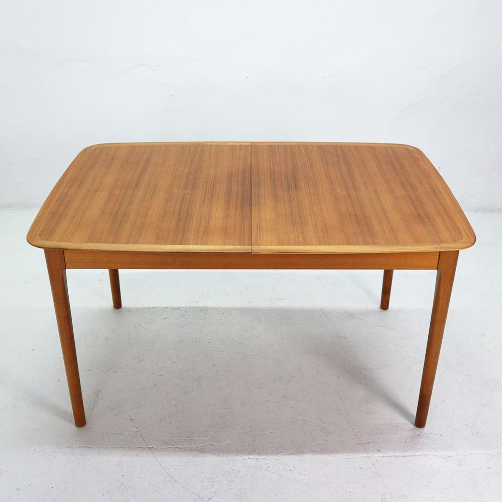 Extendable Walnut Veneer Dining Table from L252bke 1960s  : extendable walnut veneer dining table from luebke 1960s 5 from www.pamono.com size 1000 x 1000 jpeg 633kB