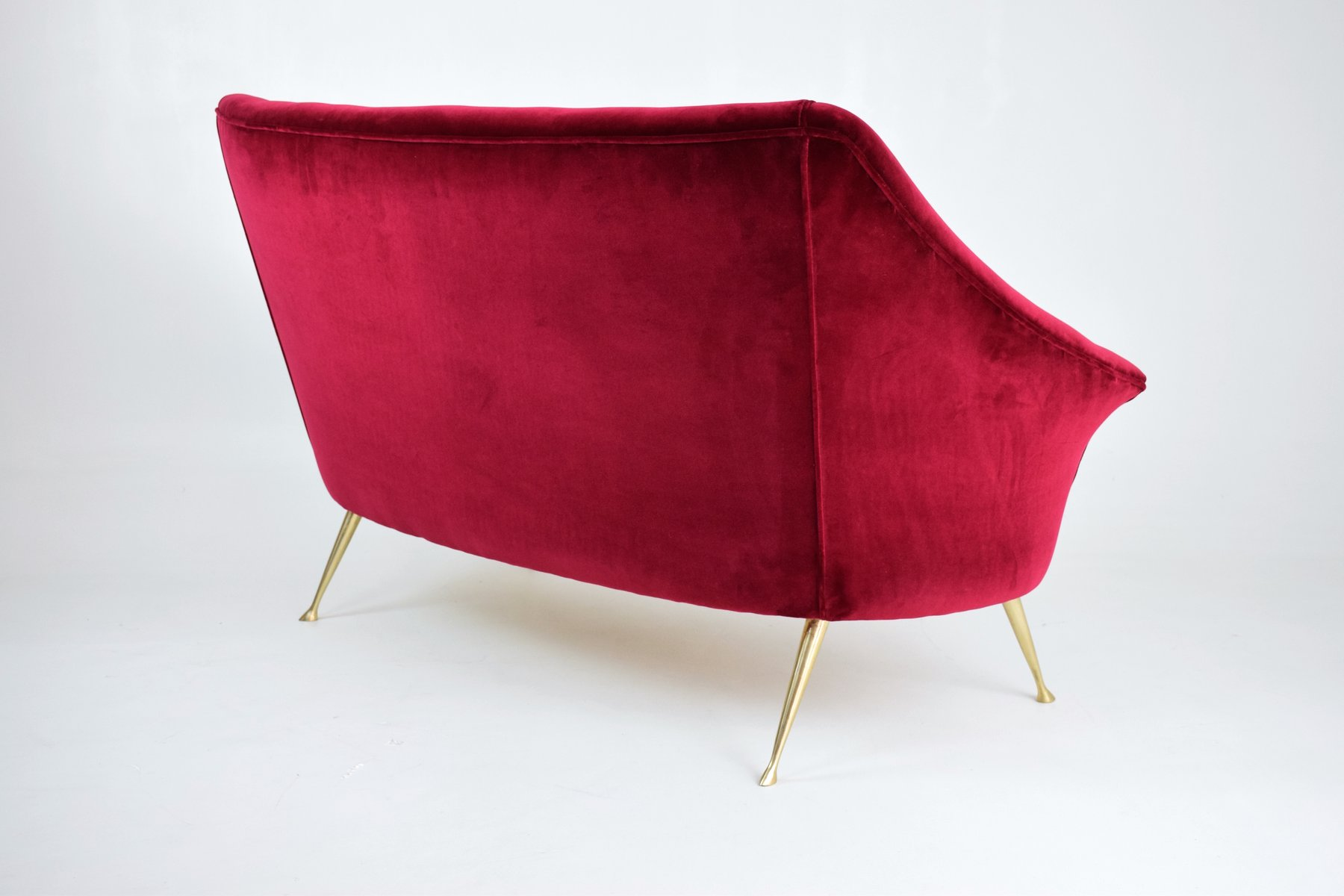Mid Century Italian Velvet Sofa 1950s for sale at Pamono