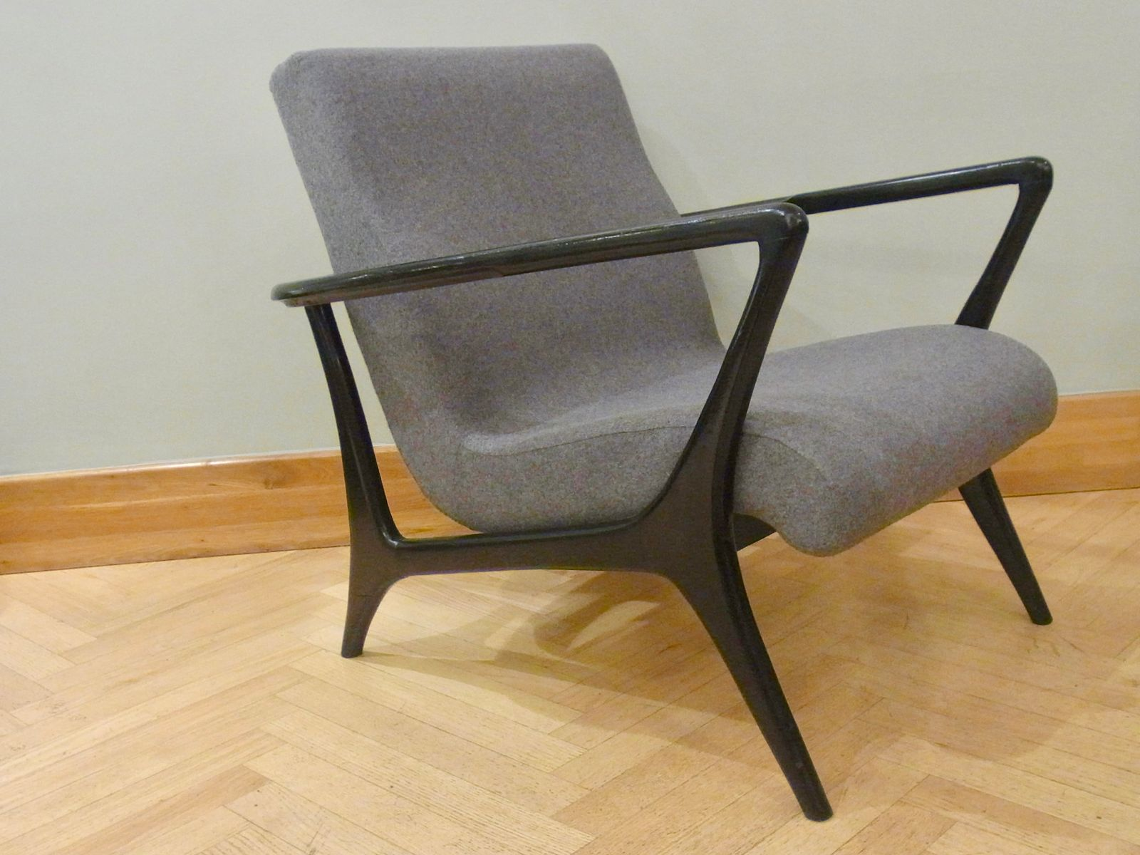 Mid Century Lounge Chairs Set Of 2 For Sale At Pamono