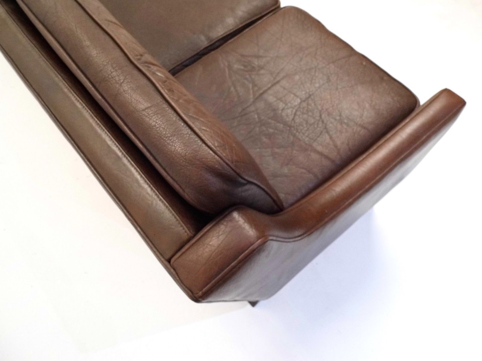 d nisches drei sitzer ledersofa in dunkelbraun 1960er bei. Black Bedroom Furniture Sets. Home Design Ideas