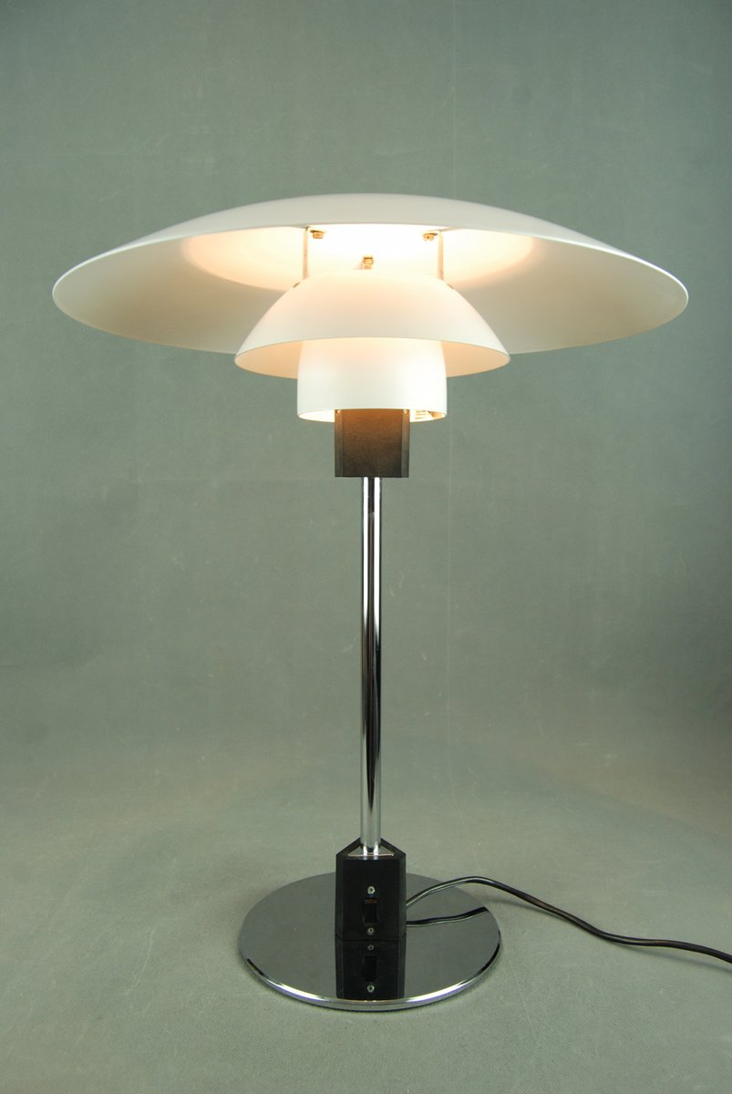 ph 4 3 table lamp by poul henningsen for louis poulsen 1980s for sale at pamono. Black Bedroom Furniture Sets. Home Design Ideas