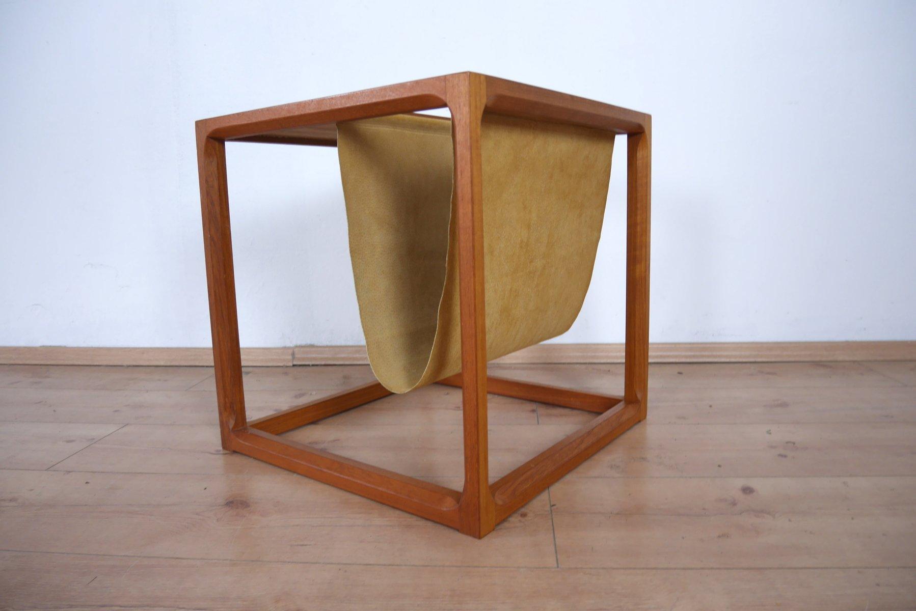 mid century teak beistelltisch mit zeitungsst nder von. Black Bedroom Furniture Sets. Home Design Ideas