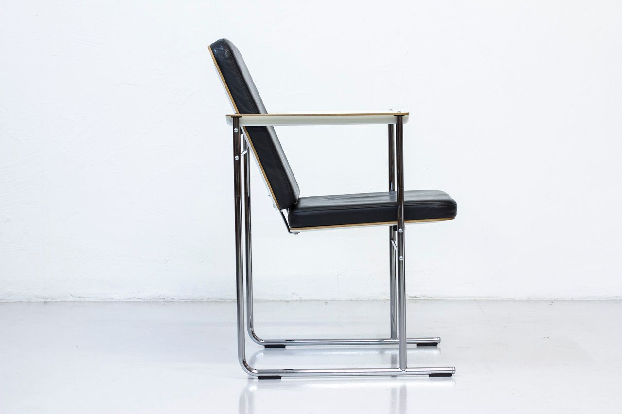 Finnish post modern chairs by yrj kukkapuro 1980s set for Post modern chair