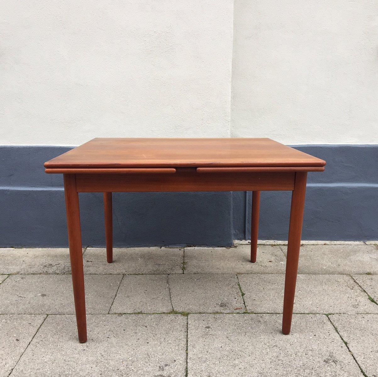 Danish Mid Century Extendable Teak Dining Table from Farstrup