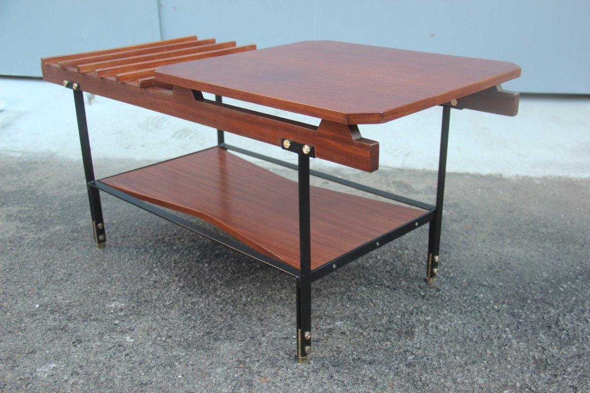 Minimalist Italian Coffee Table 1960s for sale at Pamono