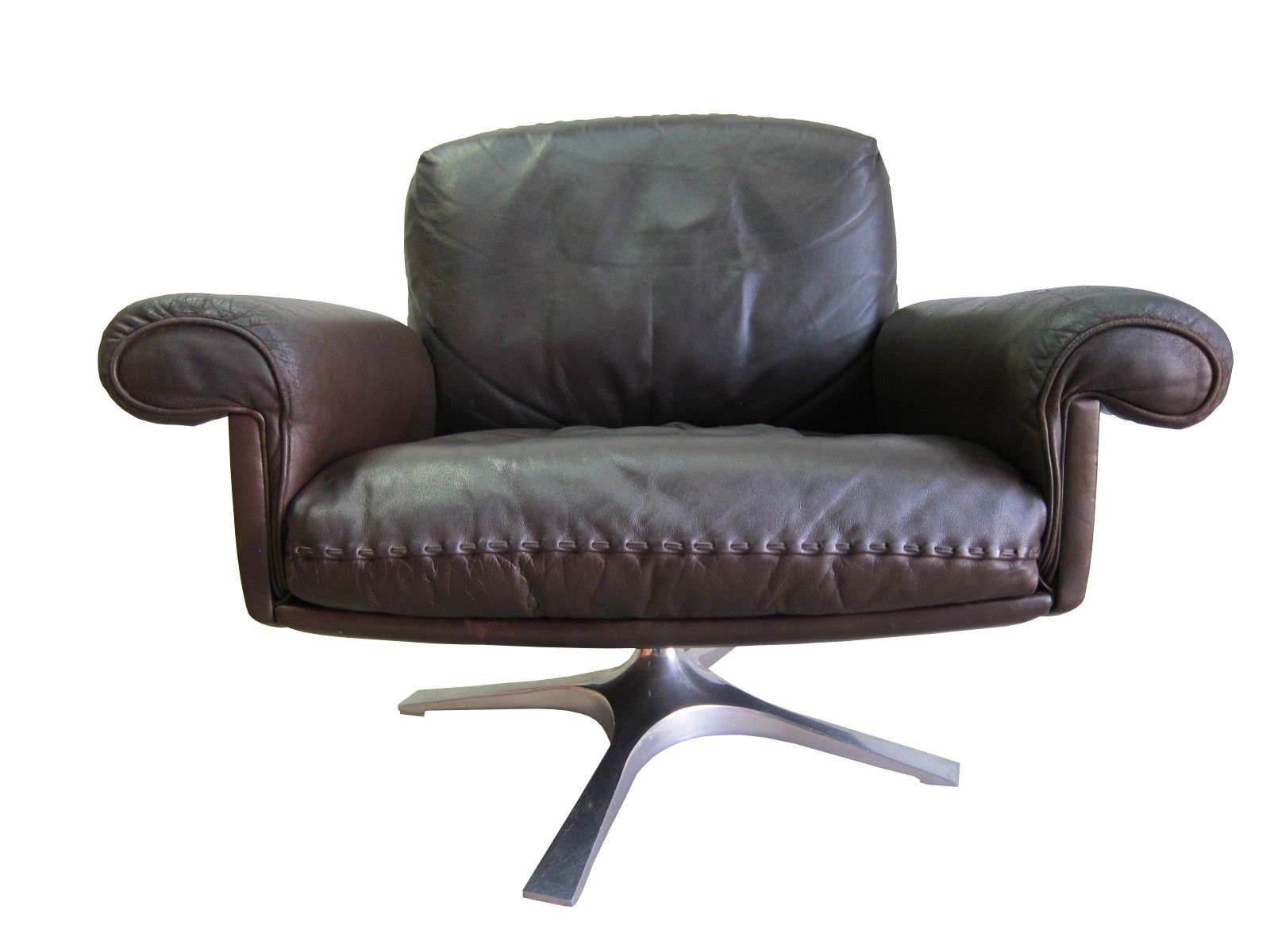 Vintage DS 31 Swivel Lounge Chair from de Sede for sale at Pamono