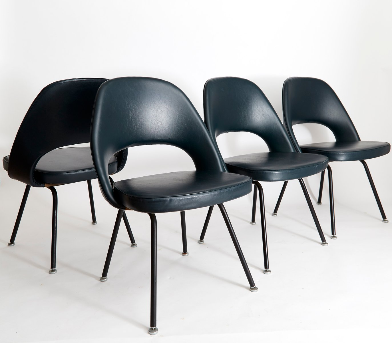 Vintage executive chair 72 by eero saarinen for knoll international set of 4 for sale at pamono - Knoll inc chairs ...