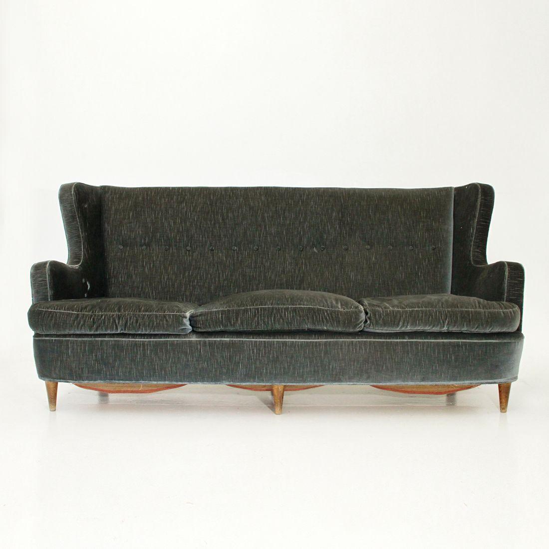 italienisches drei sitzer sofa aus samt 1950er bei pamono kaufen. Black Bedroom Furniture Sets. Home Design Ideas