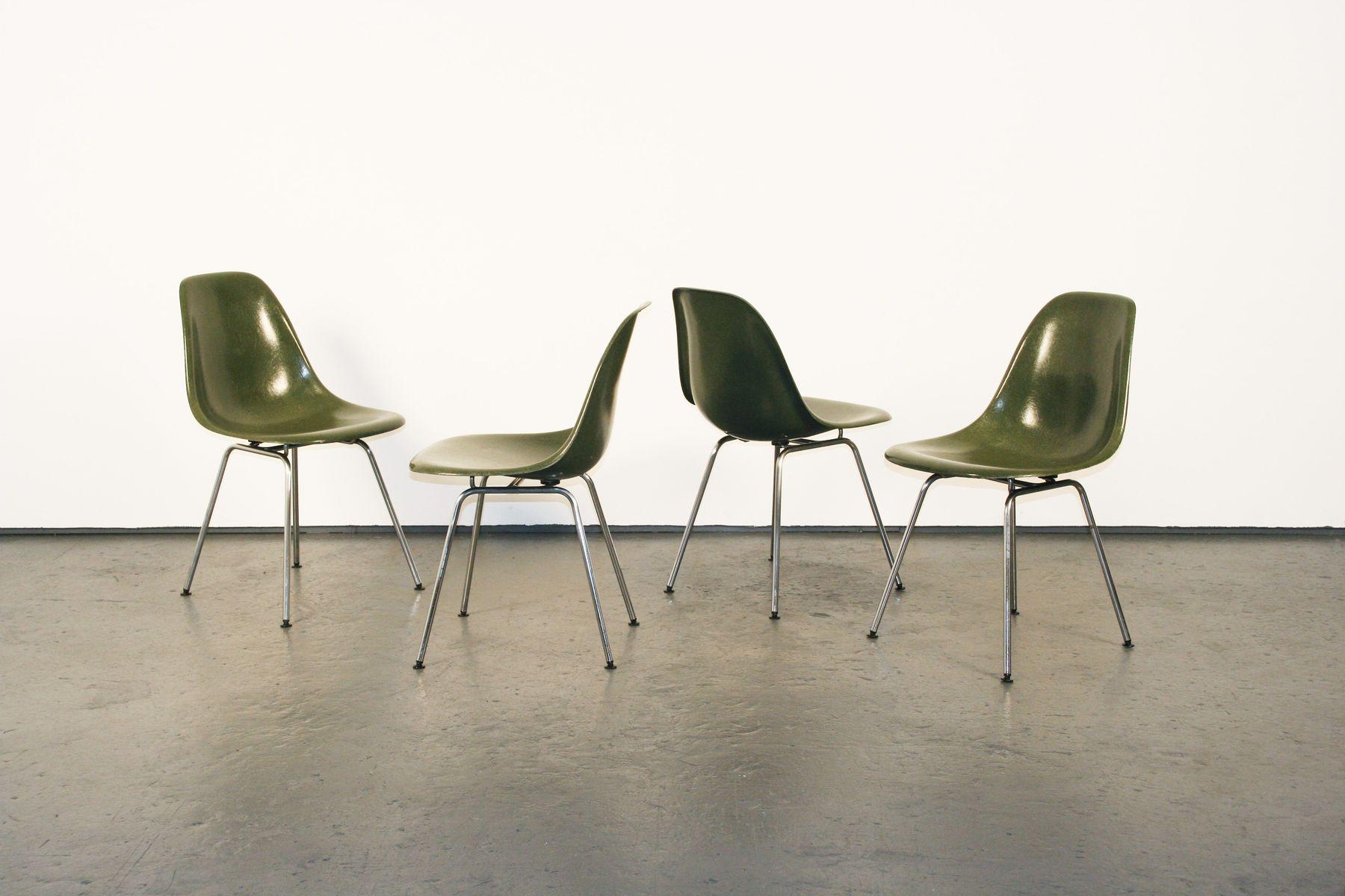 mid century fiberglas dsx st hle von charles ray eames. Black Bedroom Furniture Sets. Home Design Ideas