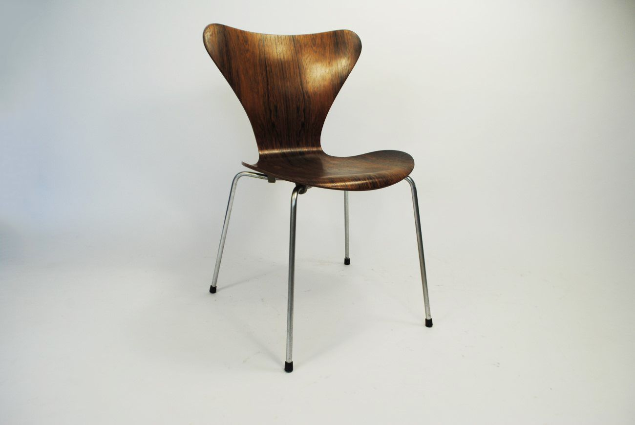 Rosewood 7 series chair by arne jacobsen for fritz hansen for Chaise arne jacobsen