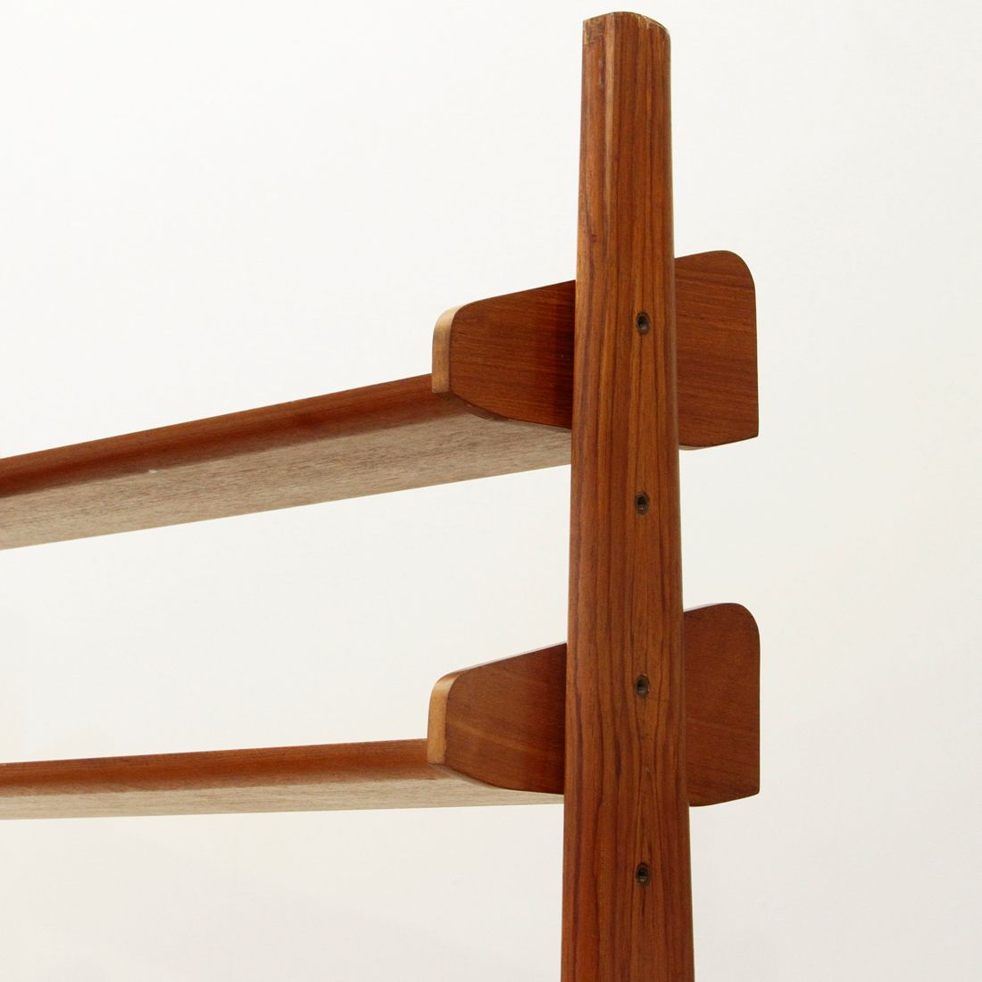italienisches furnier wand regalsystem von av arredamenti contemporanei 1960er bei pamono kaufen. Black Bedroom Furniture Sets. Home Design Ideas