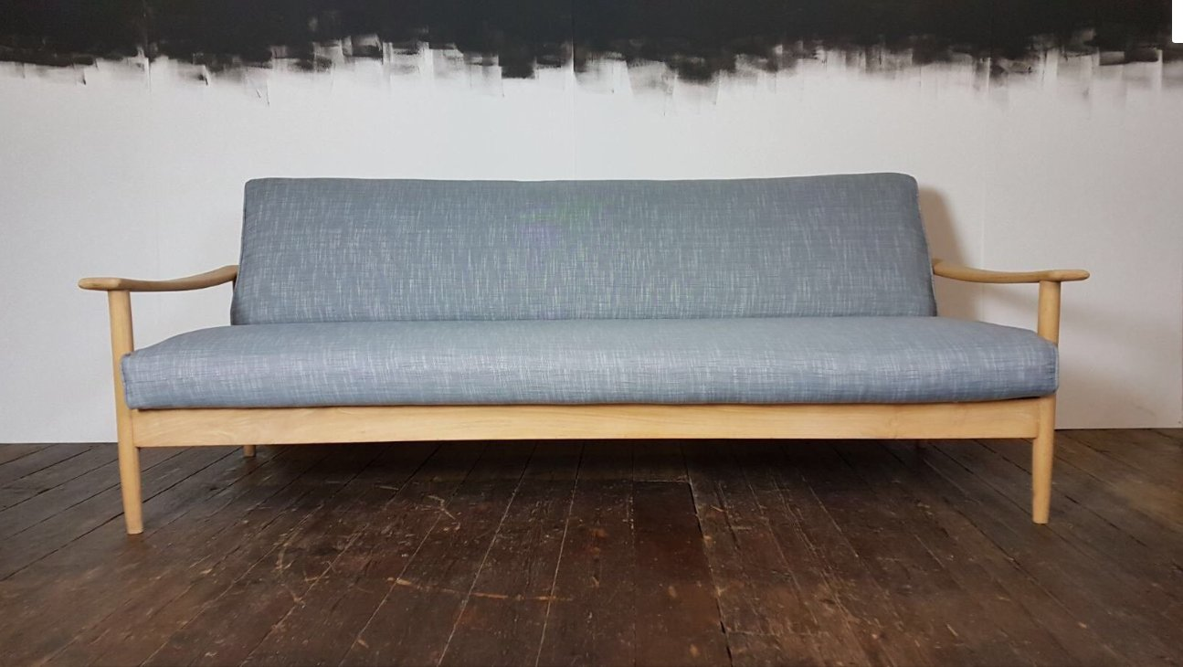 mid century sofa bed by guy rogers for sale at pamono. Black Bedroom Furniture Sets. Home Design Ideas