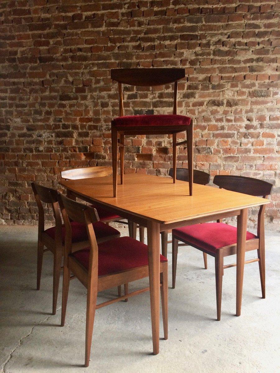 ausziehbarer tisch aus massiver eiche und 6 st hle von mcintosh 1970er bei pamono kaufen. Black Bedroom Furniture Sets. Home Design Ideas