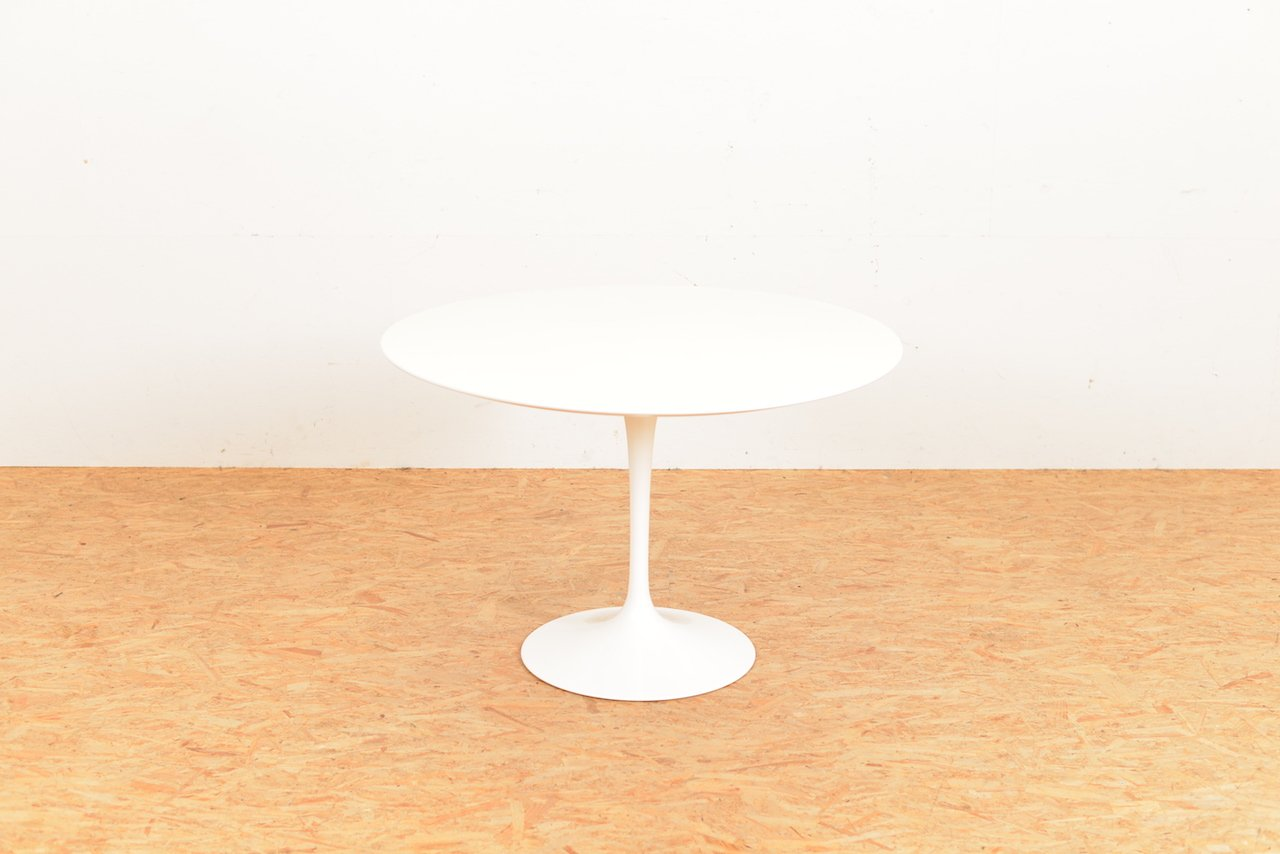 Tavolo saarinen knoll good eero saarinen tulip table carrara