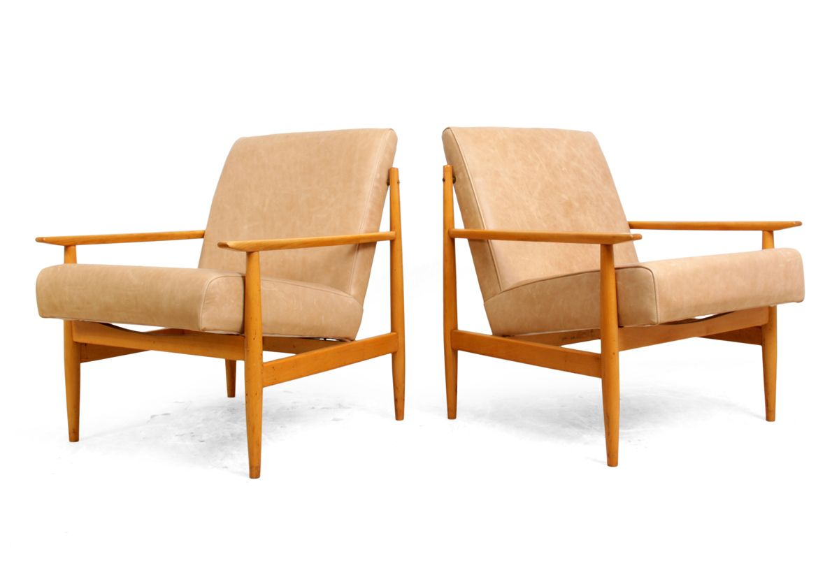 Mid century leather armchairs set of 2 for sale at pamono for 2 armchairs for sale