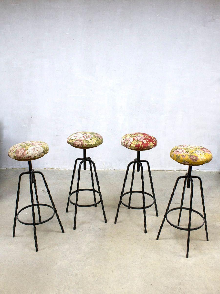 florale industrielle vintage barhocker 4er set bei pamono. Black Bedroom Furniture Sets. Home Design Ideas