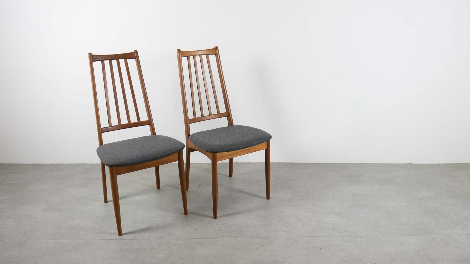 Vintage Danish HighBack Dining Chairs Set Of For Sale At Pamono - High back dining chairs