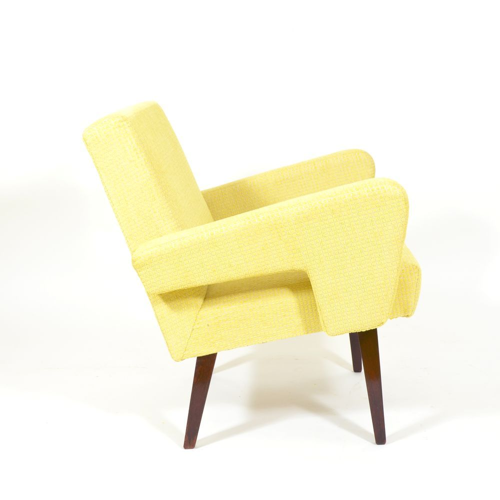tschechischer gelber vintage sessel bei pamono kaufen. Black Bedroom Furniture Sets. Home Design Ideas