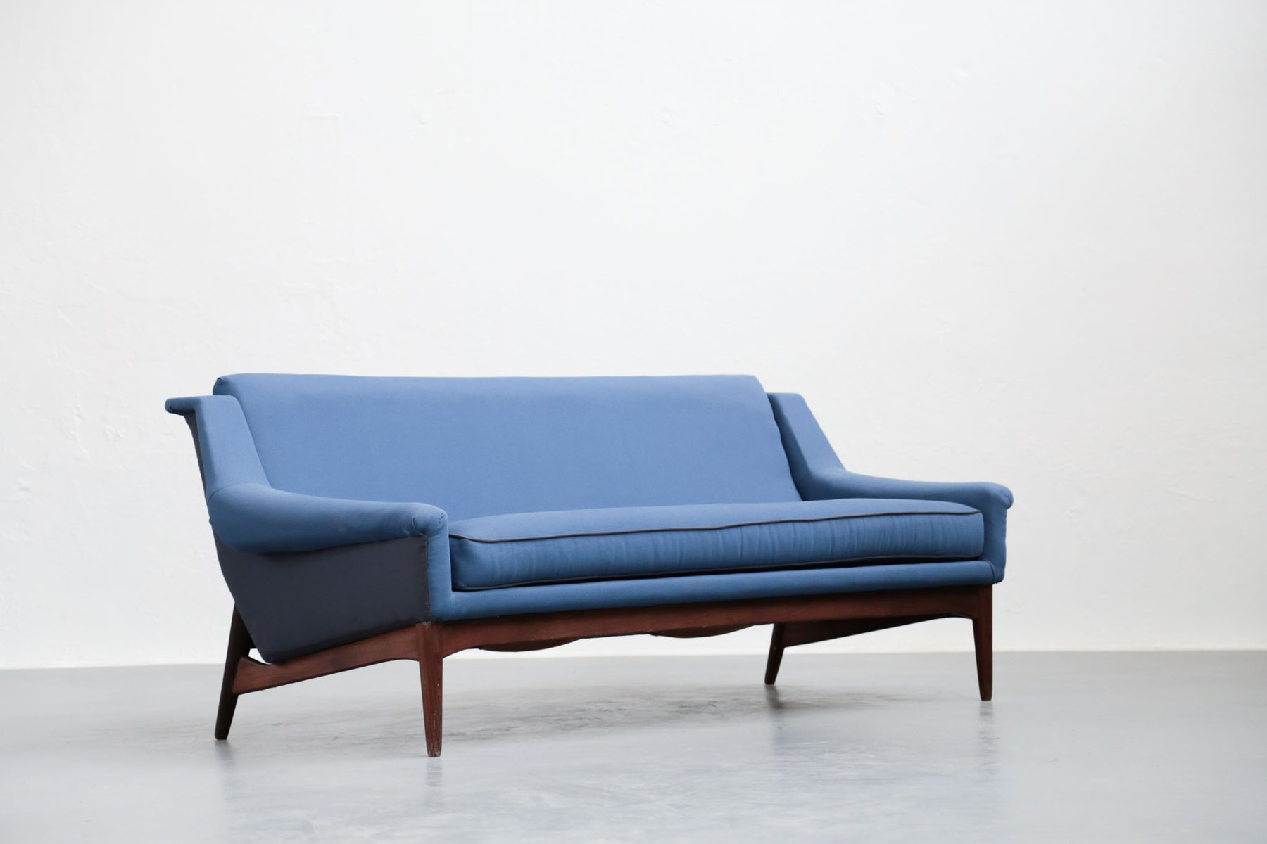Danish Sofa 1960s for sale at Pamono