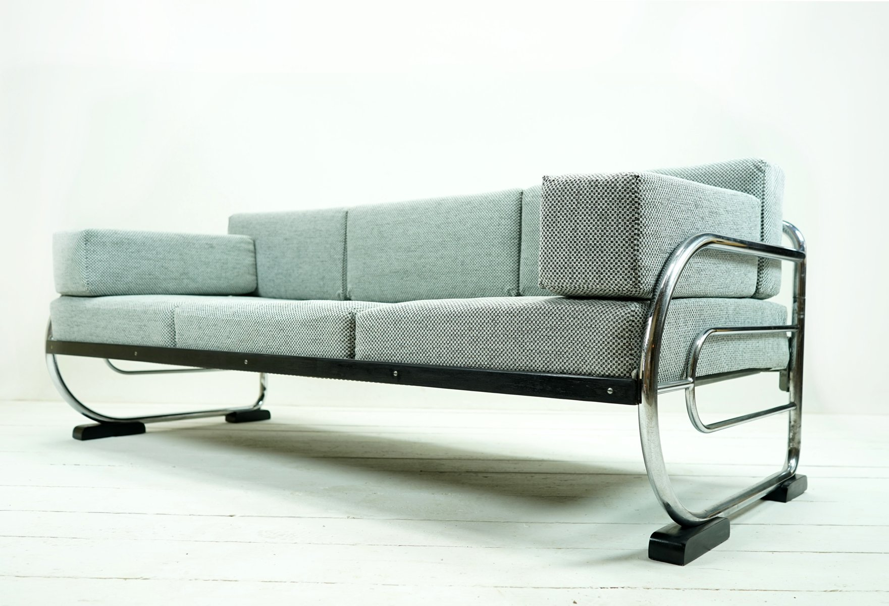 Vintage Bauhaus Sofa Daybed by Hynek Gottwald for sale at Pamono